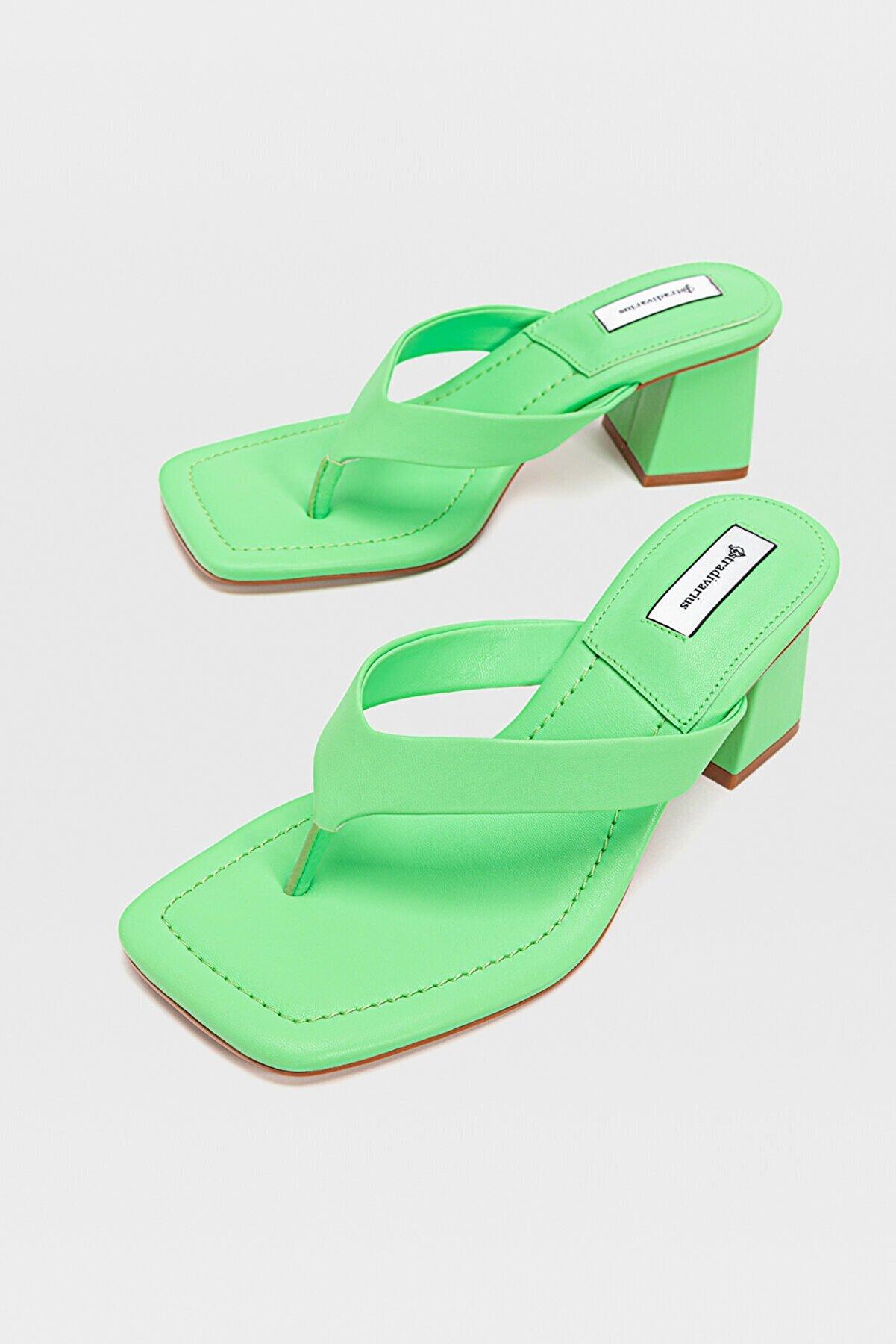 Stradivarius Kadın Yeşil Topuklu Sandalet