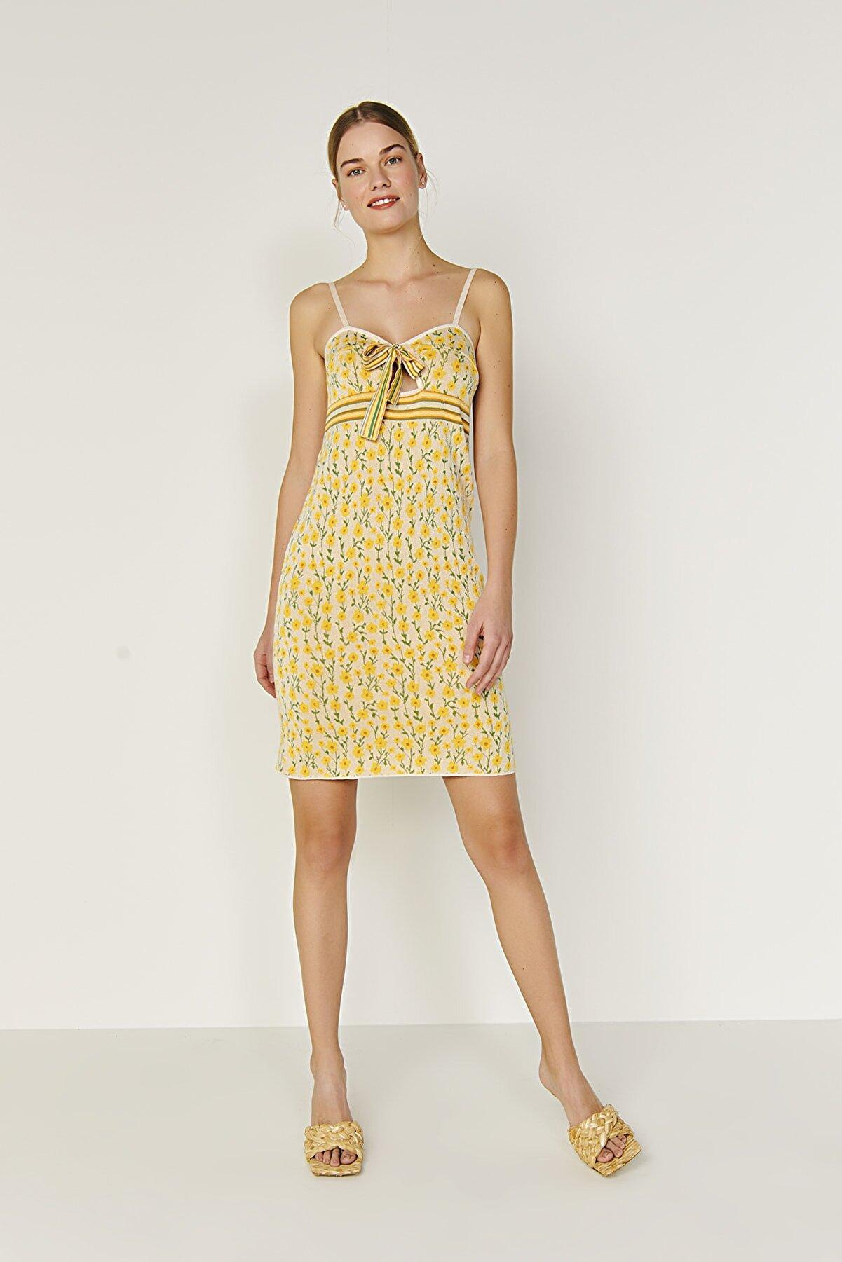 Join Us Çiçek Desenli Bağlamalı Triko Elbise