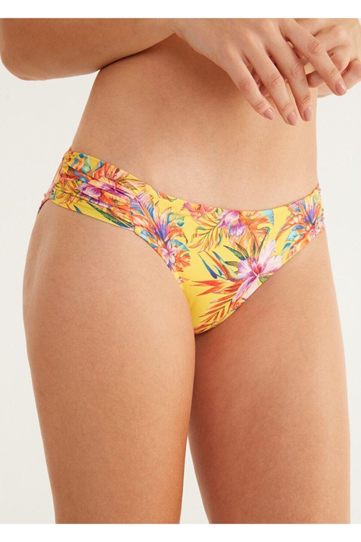 Suwen Yanı Pileli Bikini Alt