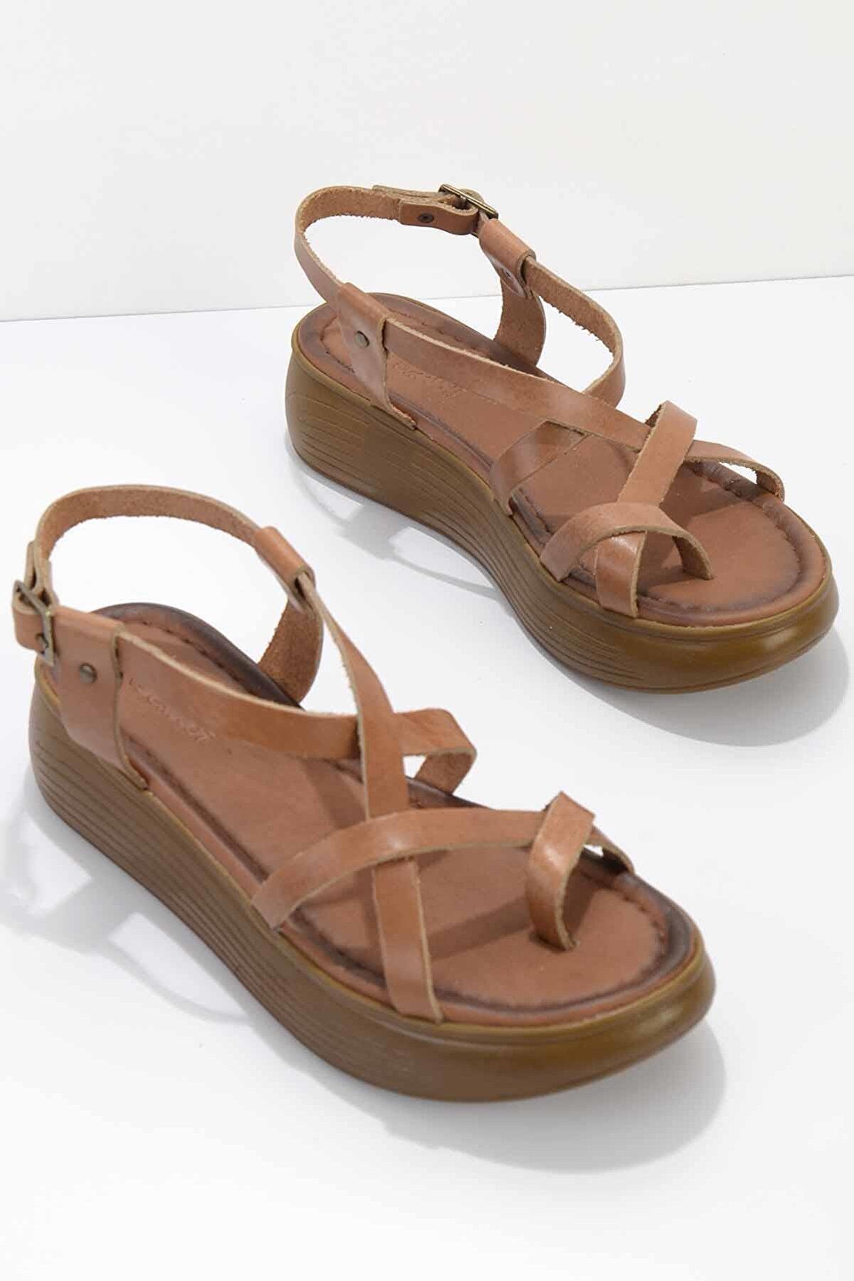 Bambi Taba Hakiki Deri Kadın Sandalet K05685051203