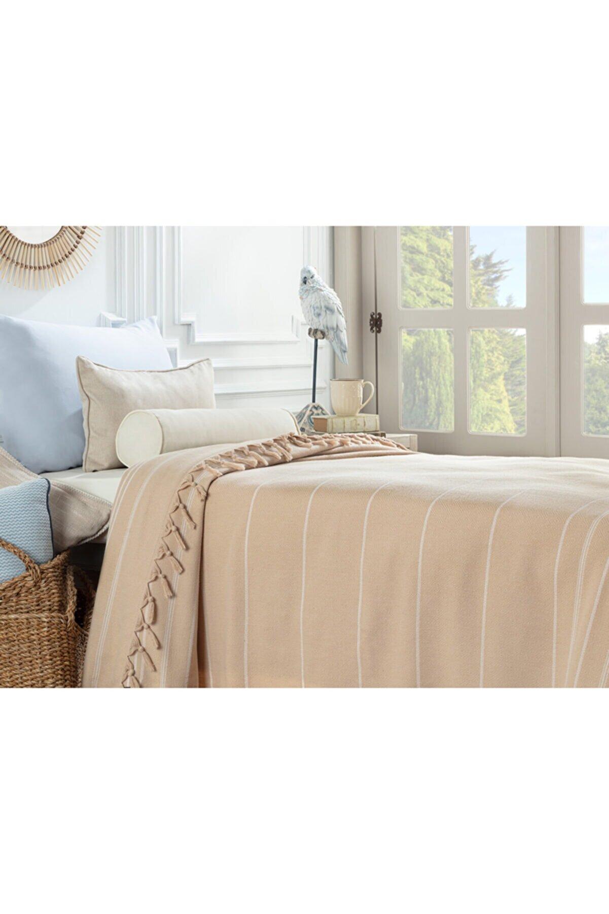Madame Coco Alegron Tek Kişilik Yıkamalı Yatak Örtüsü - Bej / Beyaz