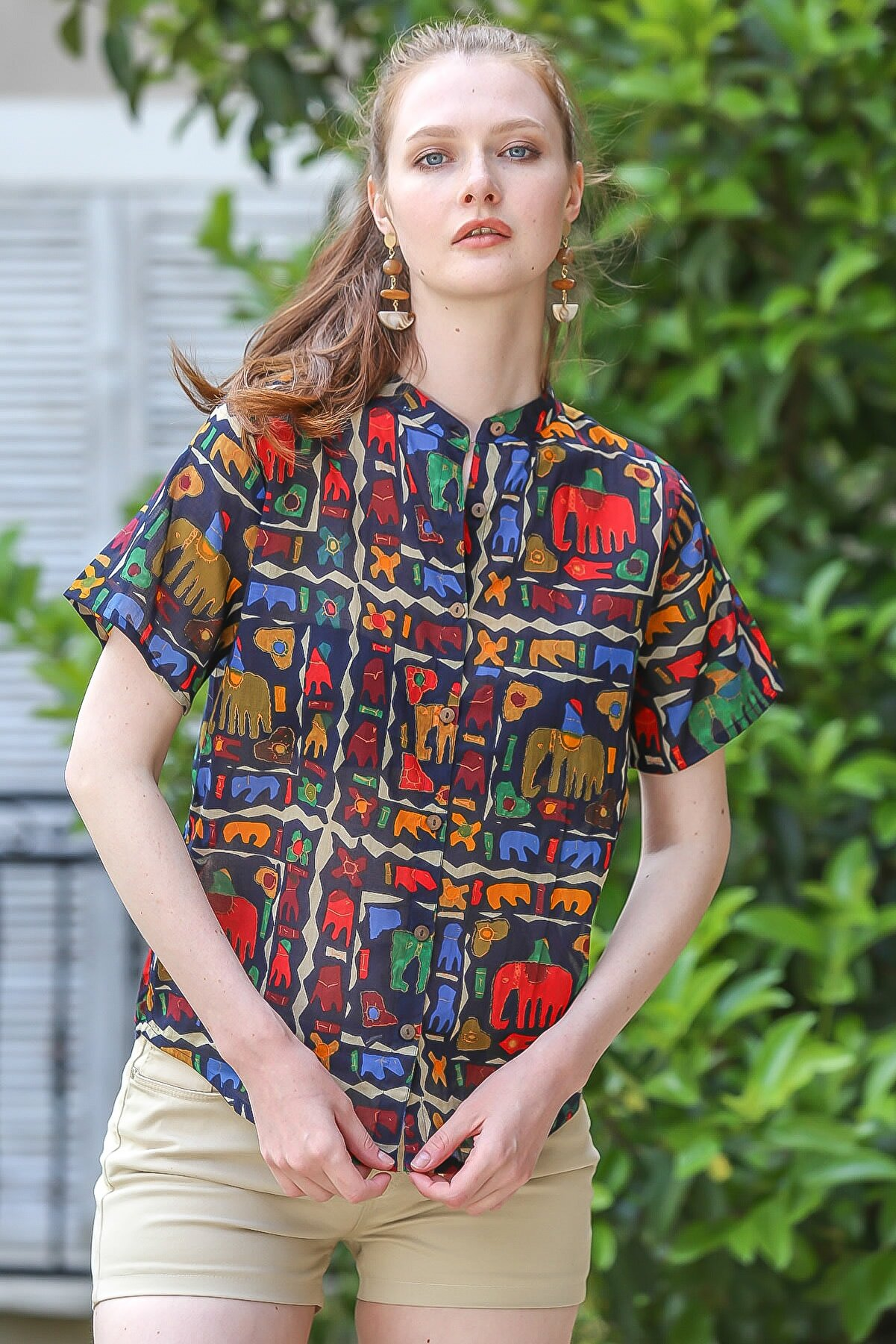 Chiccy Kadın Lacivert Yakasız Düğme Detaylı Fil Desenli Dokuma Bluz M10010200BL95376