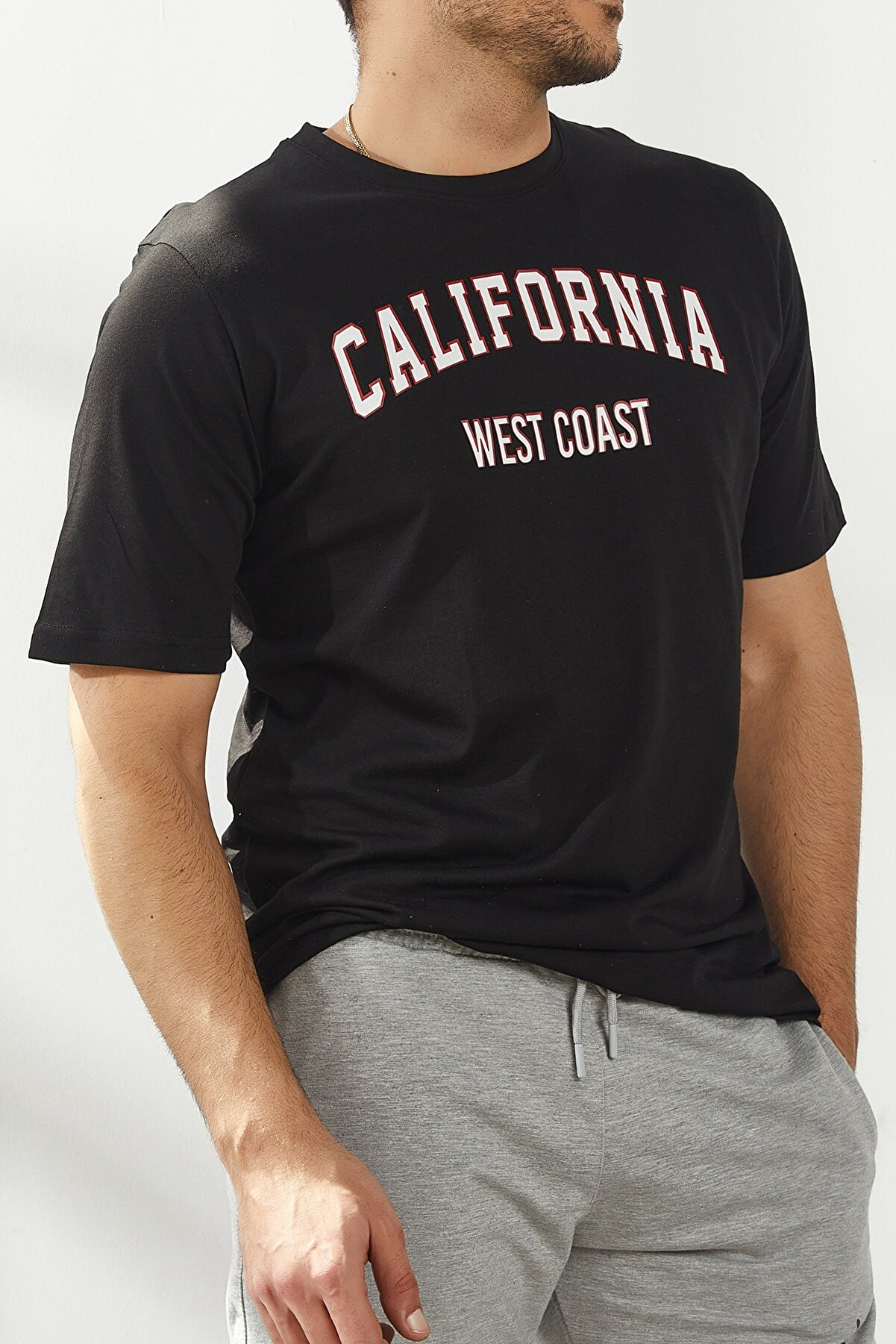 North London California Baskılı Pamuk Dokulu Regular Kalıp Siyah T-shirt