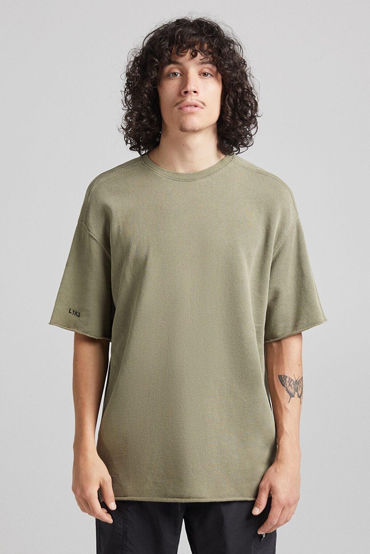 Bershka Erkek Haki Kısa Kollu Koton T-Shirt