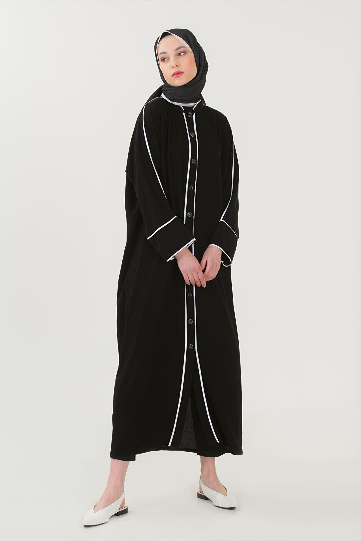 İrva Tesettür Biyeli Abaya Siyah