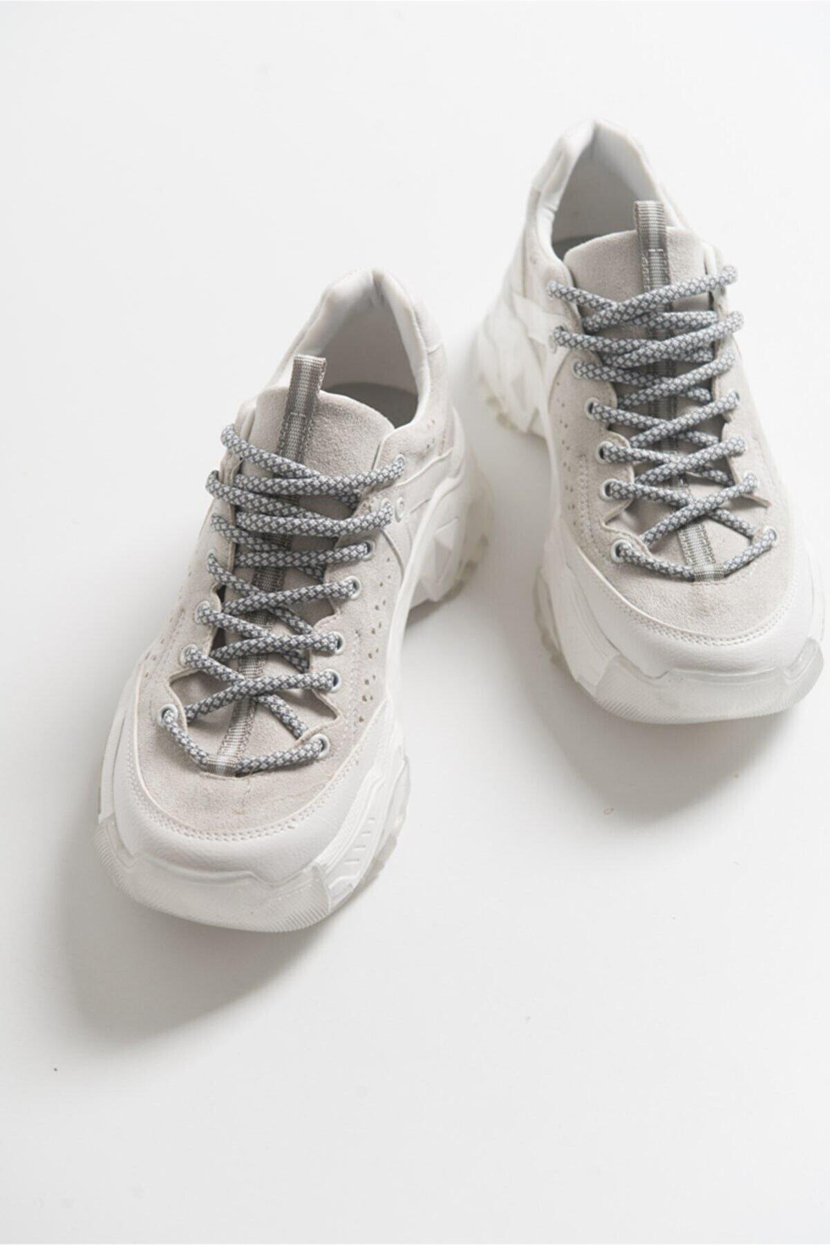 luvishoes Kadın Beyaz Bağcıklı Sneaker