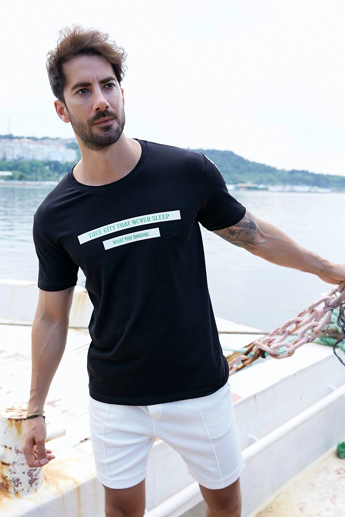 Sateen Men Erkek Siyah Yazı Baskılı T-Shirt