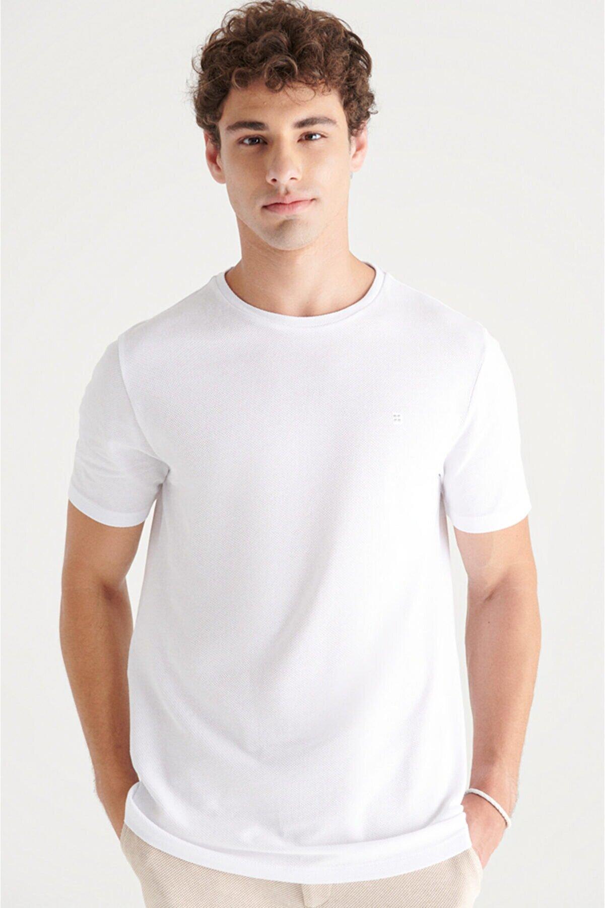 Avva Erkek Beyaz Bisiklet Yaka Jakarlı Slim Fit T-shirt A11y1202