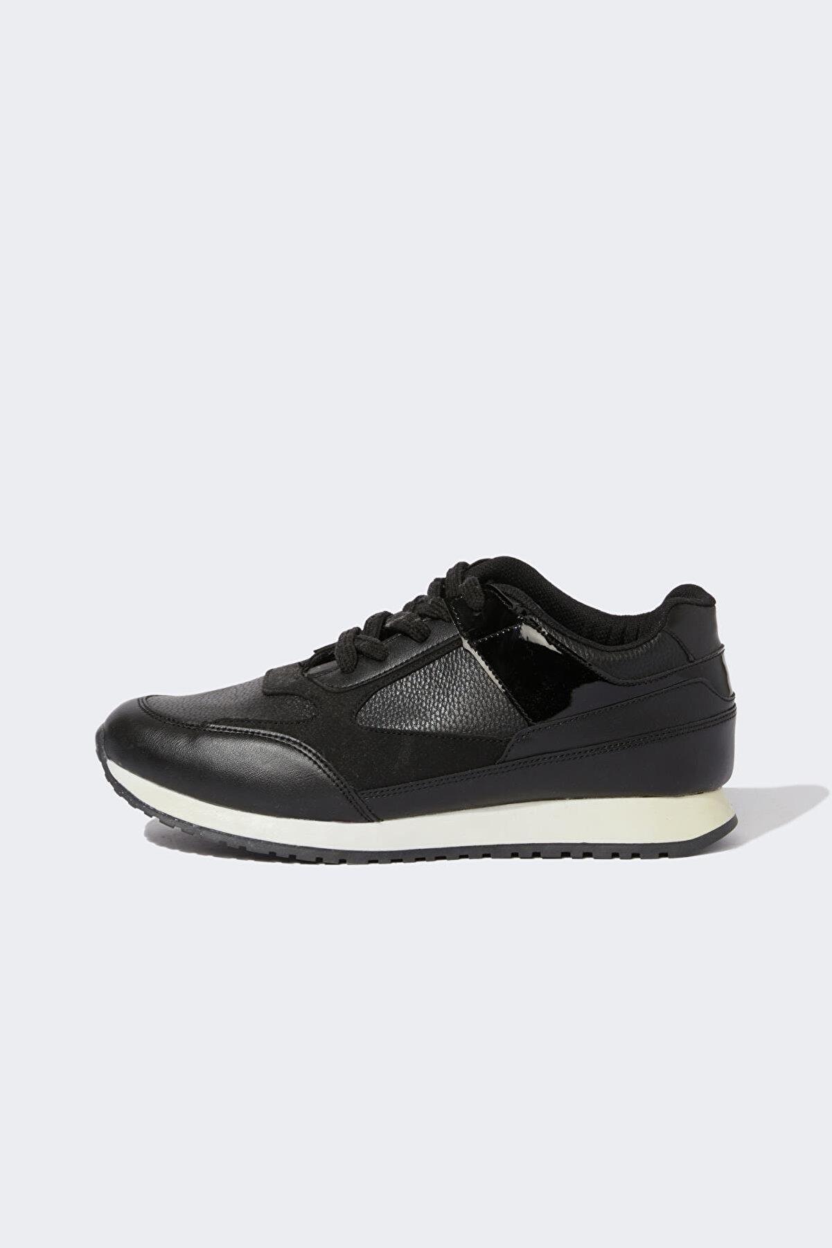 Defacto Erkek Beyaz Siyah Bağcıklı Spor Ayakkabı