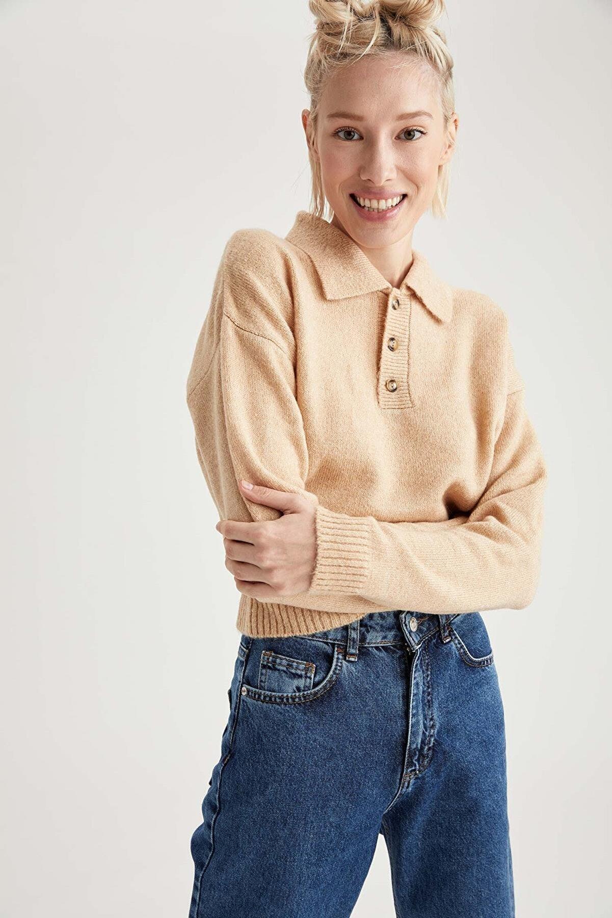 Defacto Kadın Bej Gömlek Yaka Relax Fit Triko Kazak