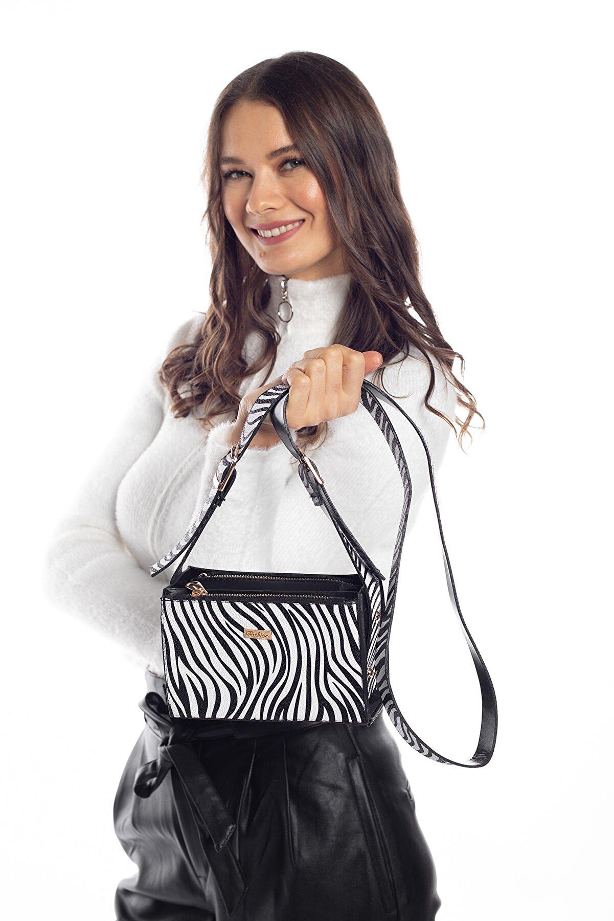Madamra Zebra Desenli Kadın Çok Bölmeli Kutu Omuz Çantası