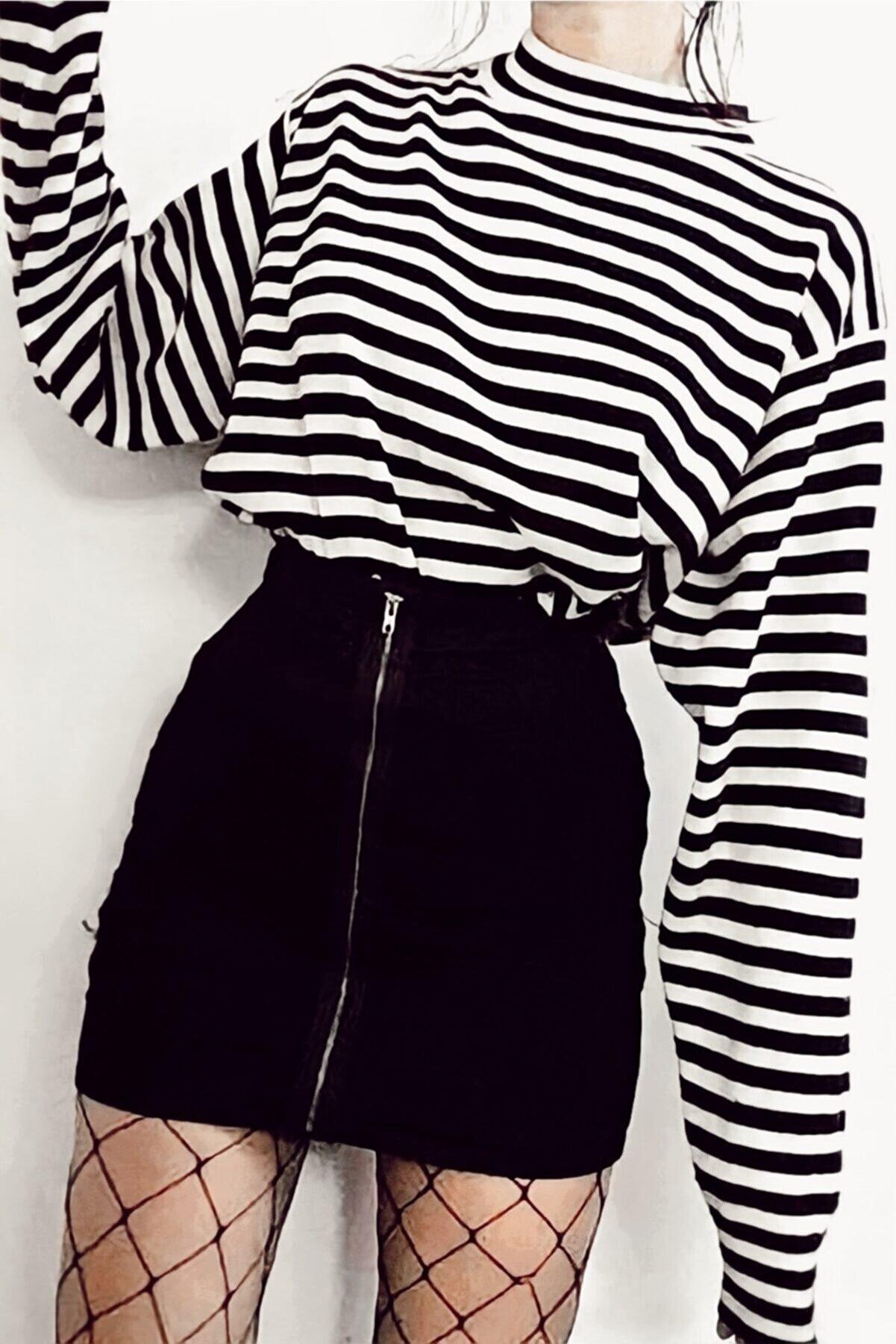 Ef Butik Çizgili Boğazlı Body Sweatshirt Siyah