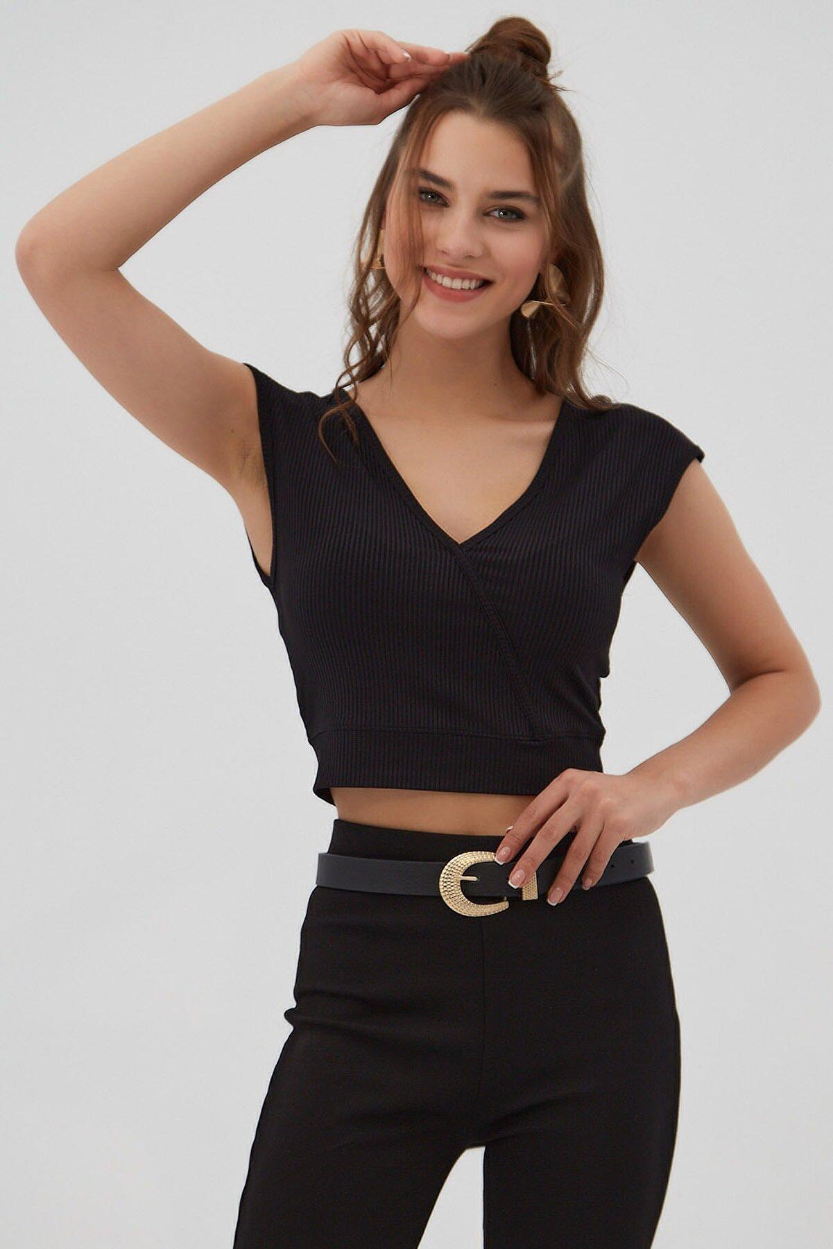 Pattaya Kadın Siyah Fitilli V Yaka Crop Bluz P21s201-2174
