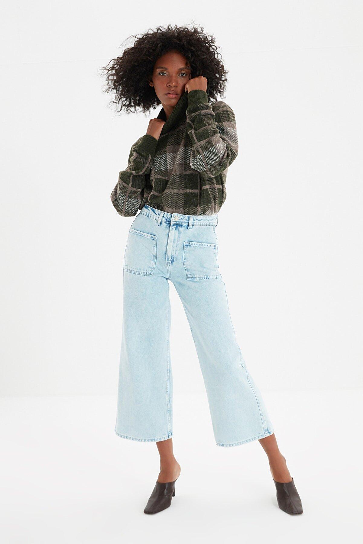 TRENDYOLMİLLA Mavi Cep Detaylı Yüksek Bel Culotte Jeans TWOSS21JE0486