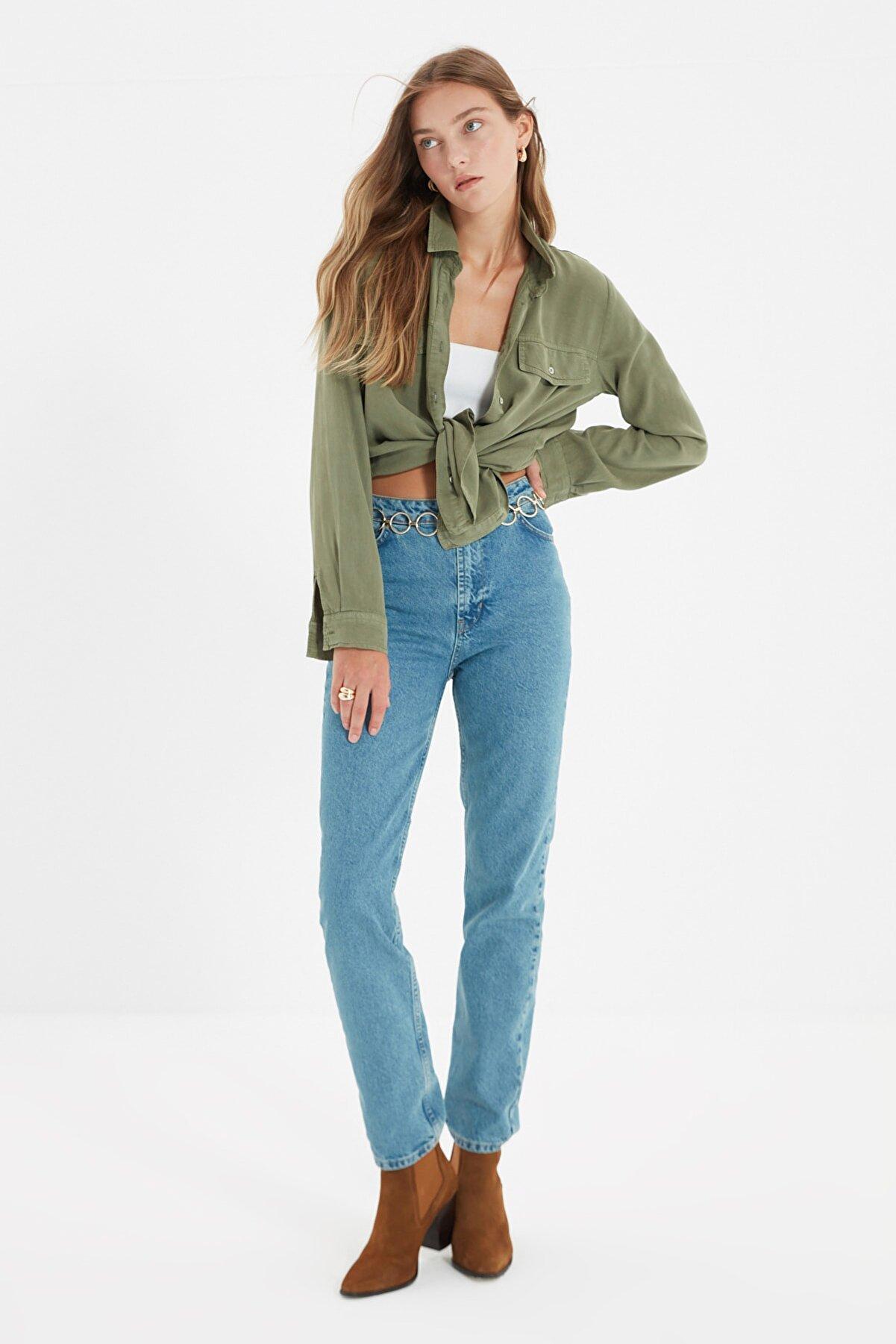 TRENDYOLMİLLA Mavi Yüksek Bel Uzun Dar Straight Jeans TWOSS21JE0085