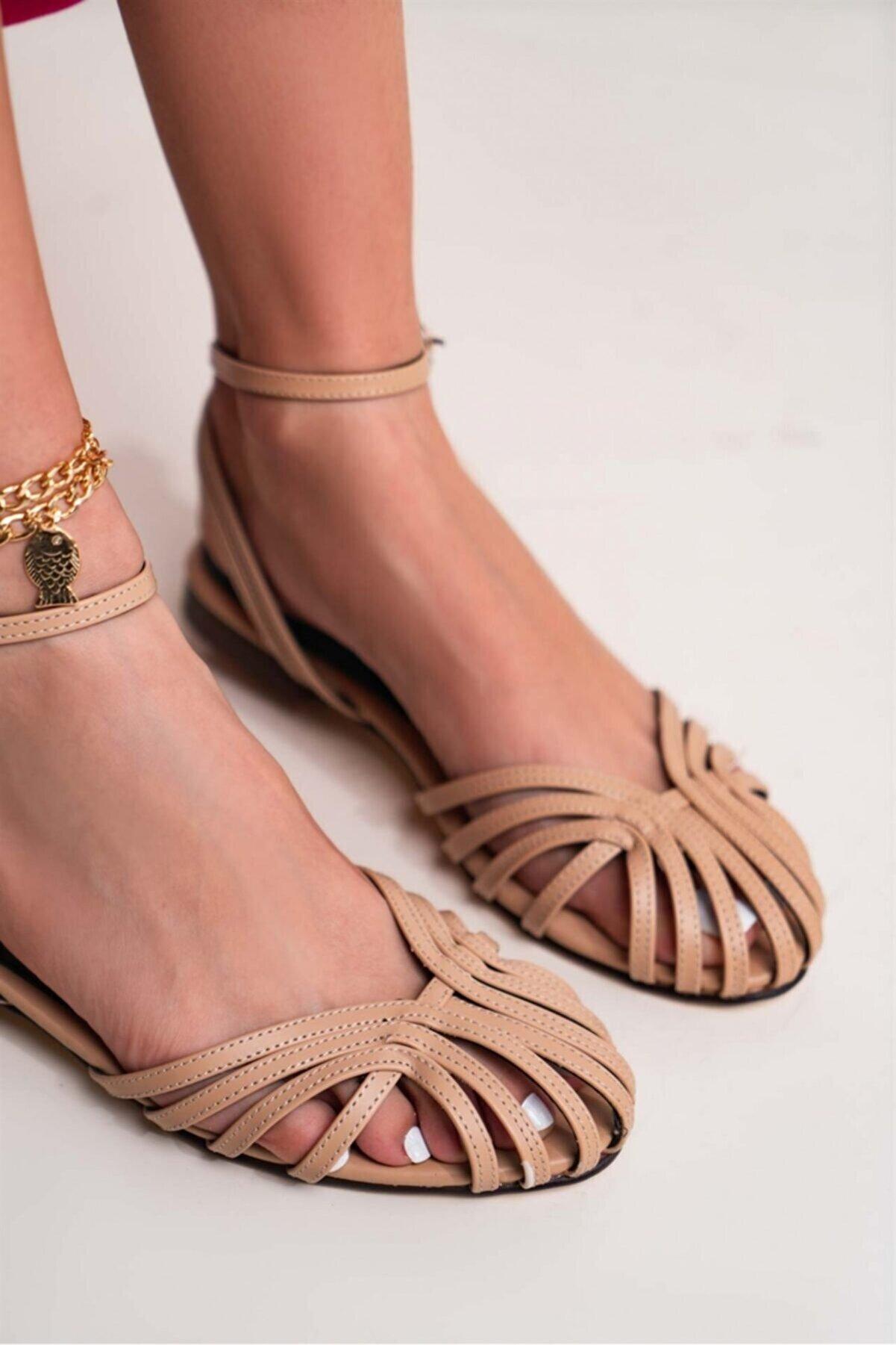 NİŞANTAŞI SHOES Kadın  Bej  Gween Mat Bilekten Kemerli Sandalet