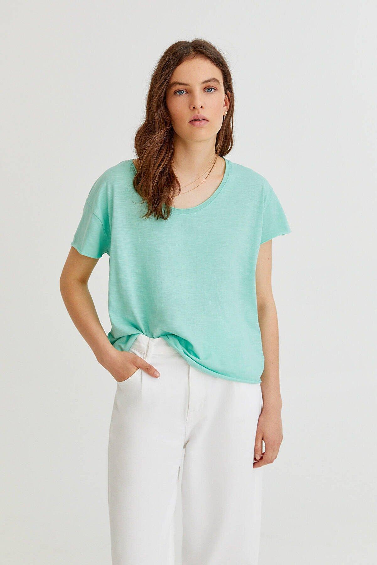 Pull & Bear Biyeli Dikişli Basic T-Shirt