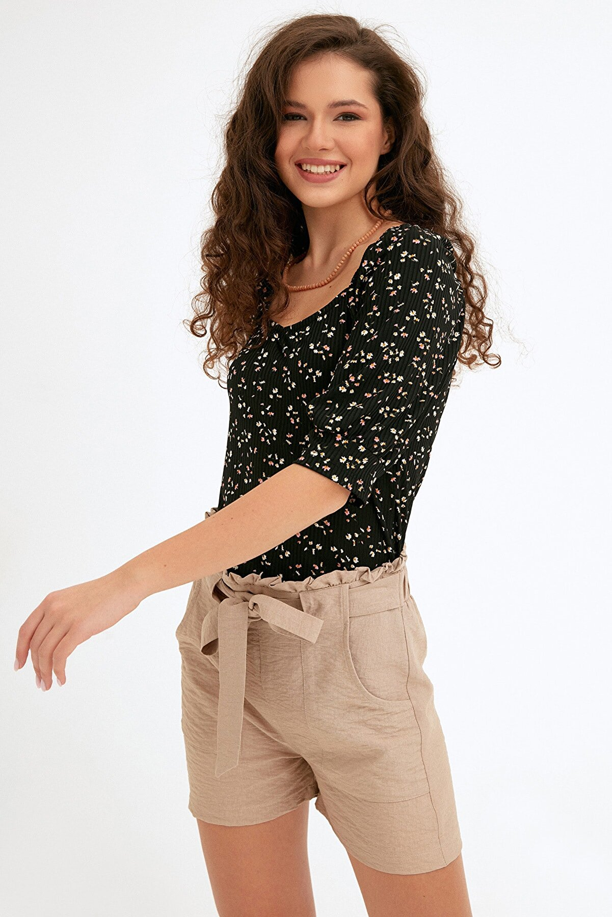Fullamoda Kadın Siyah Çiçek Desenli Fitilli Bluz