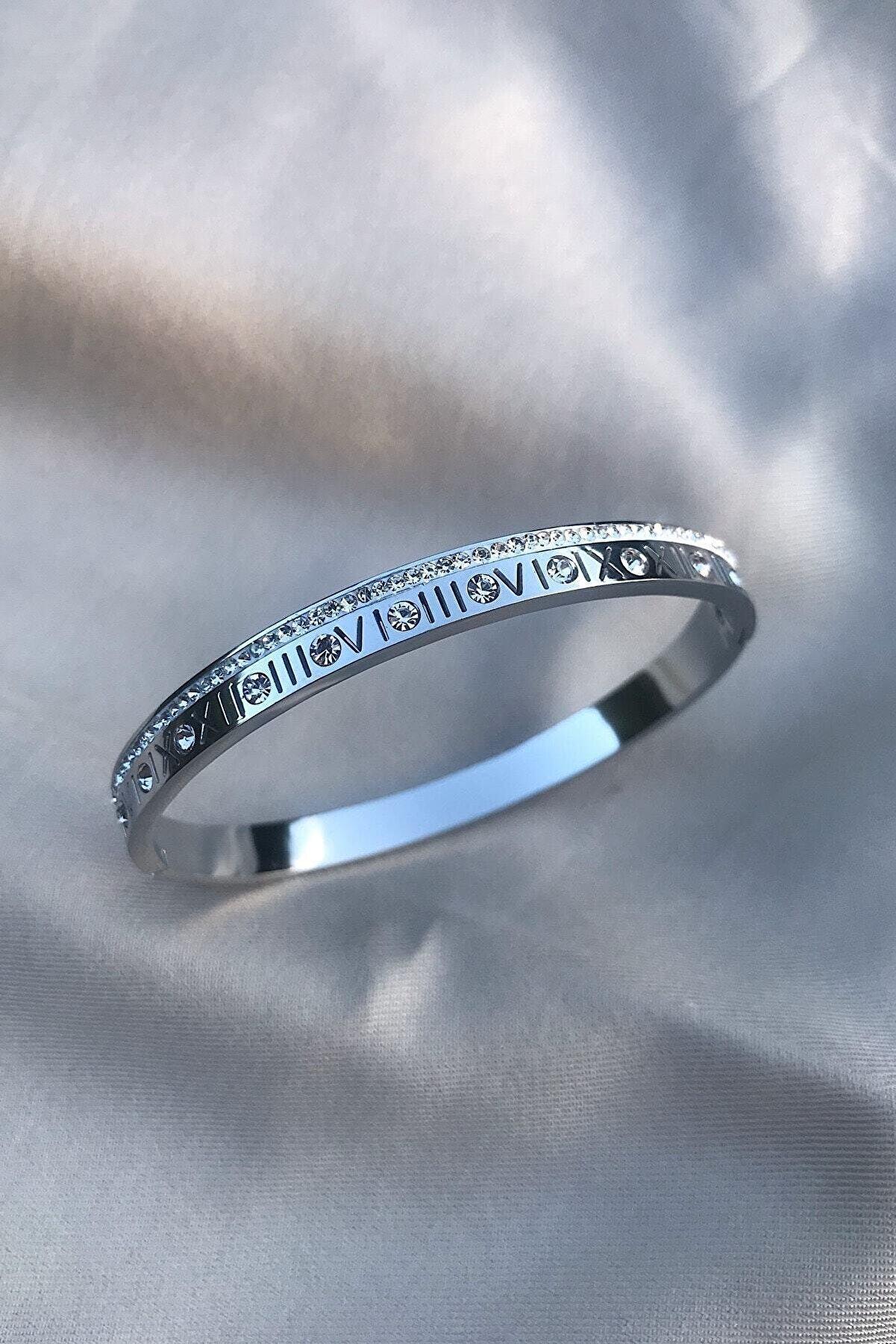 Novon Giyim & Aksesuar Roma Rakamlı Zirkon Taşlı Gümüş Rengi 316l Çelik Bileklik