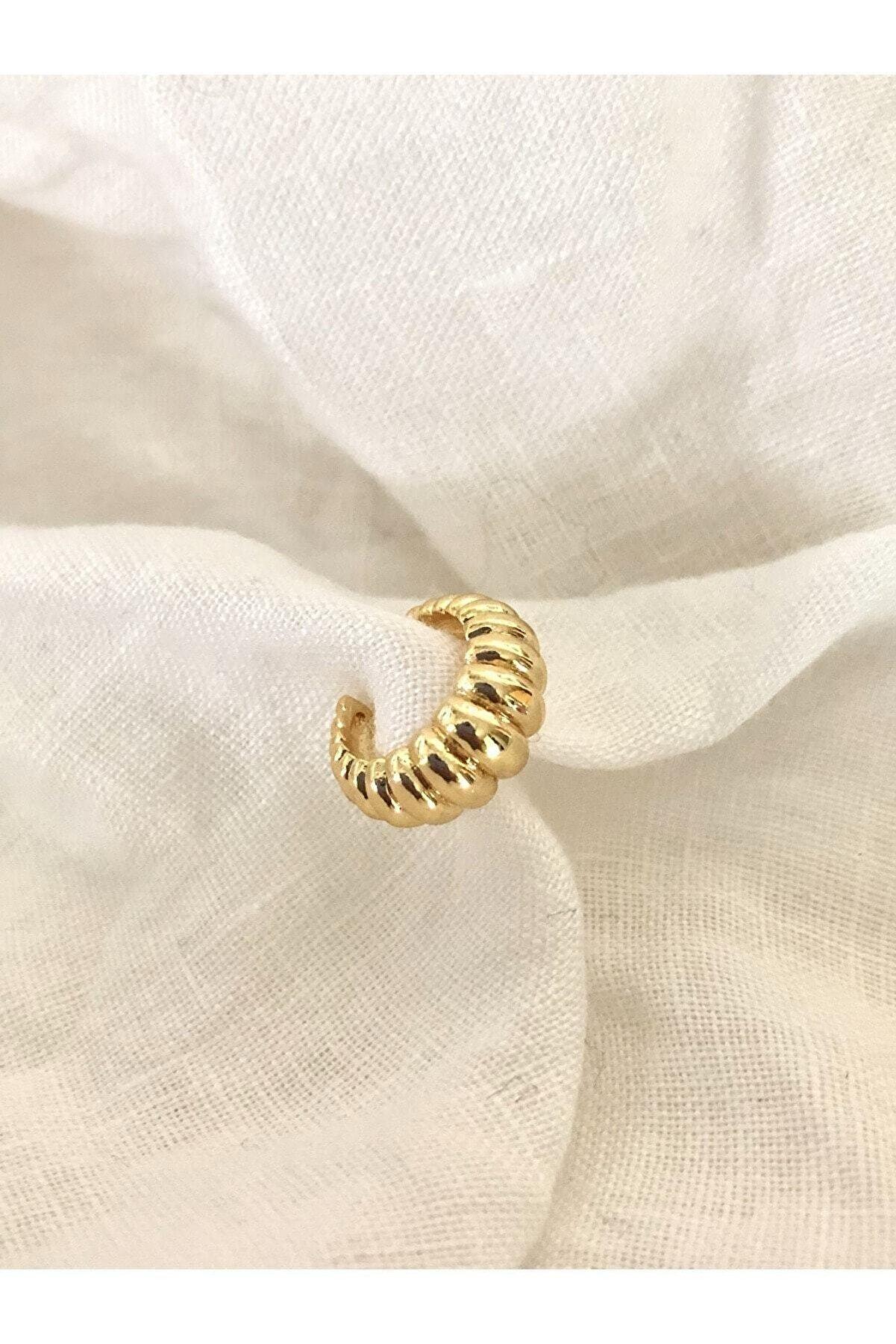 The Y Jewelry Altın Kaplama Kıkırdak Küpe