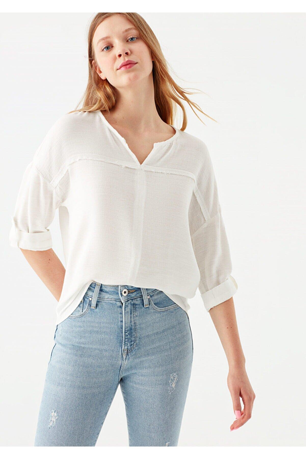 Mavi V Yaka Beyaz Bluz 121357-22937