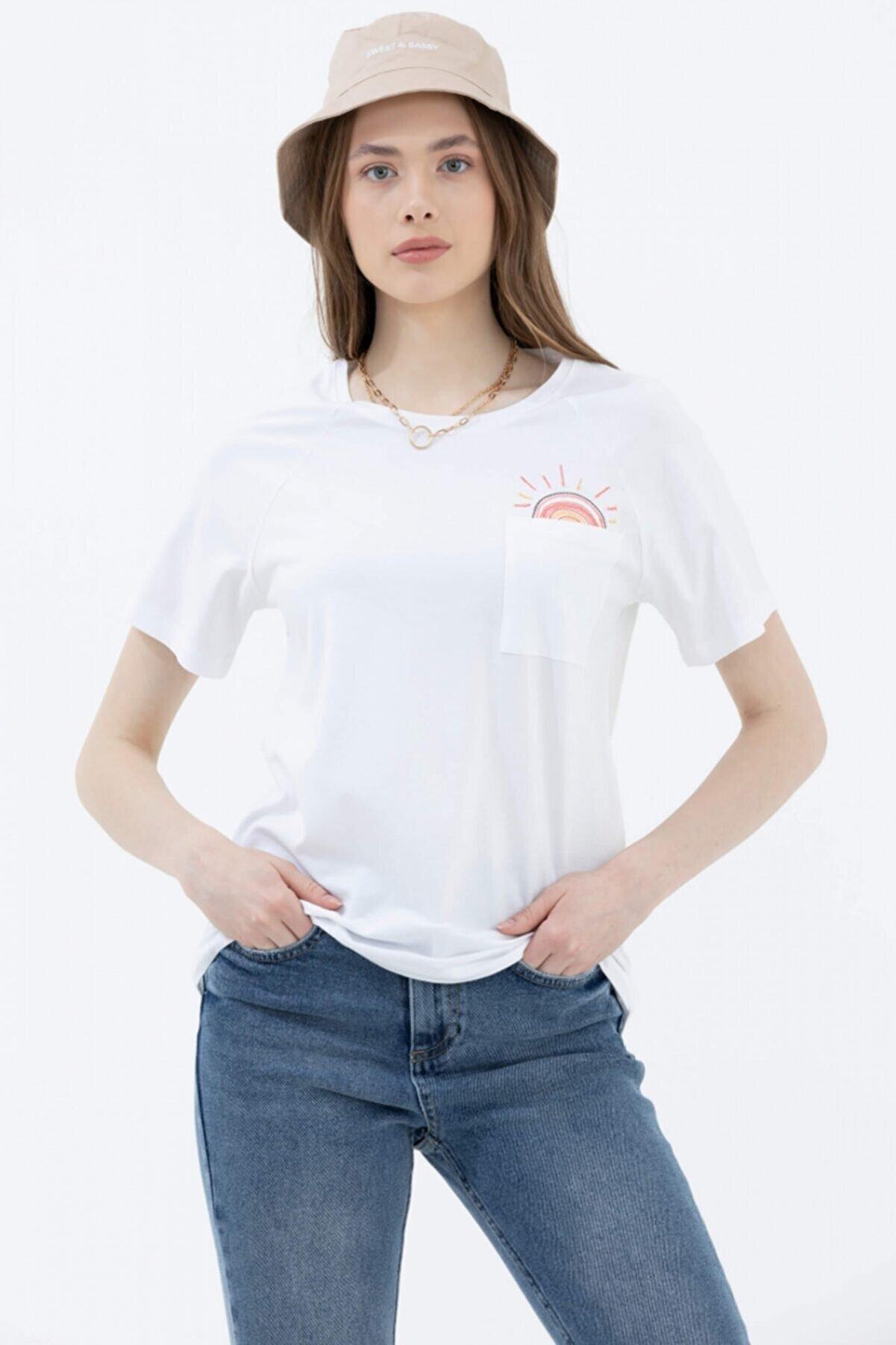 Sementa Kadın Beyaz Cebi Nakış Detaylı Tshirt -