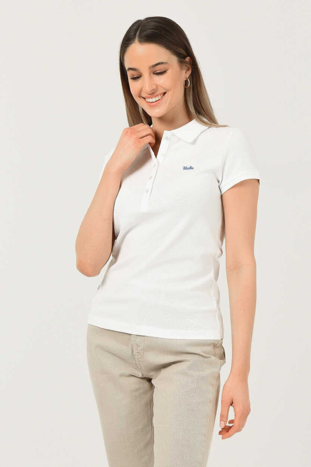 Ucla Shaver Beyaz Polo Yaka Nakışlı Kadın Tshirt