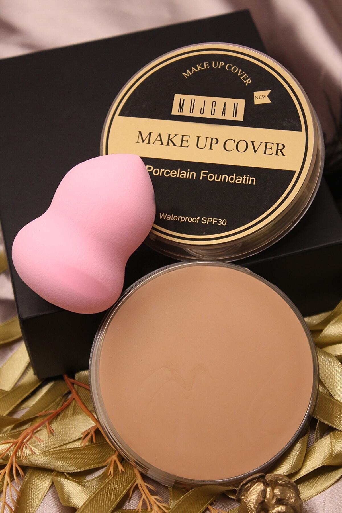 MUJGAN Makeup Cover Kapatıcı 210 (BUĞDAY TEN) Tekli Armut Sünger