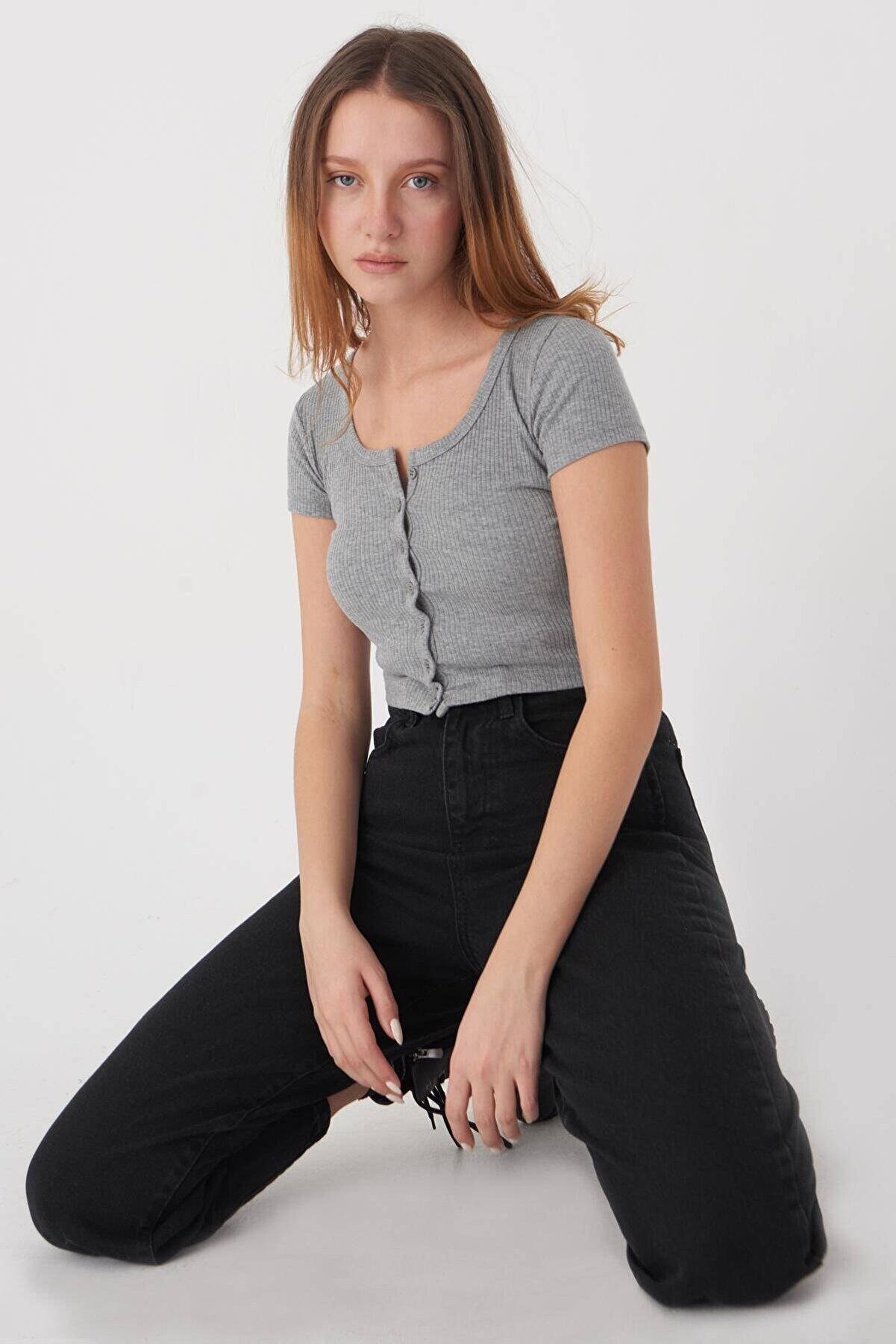 Addax Önden Düğmeli T-shirt P1004 - Y4