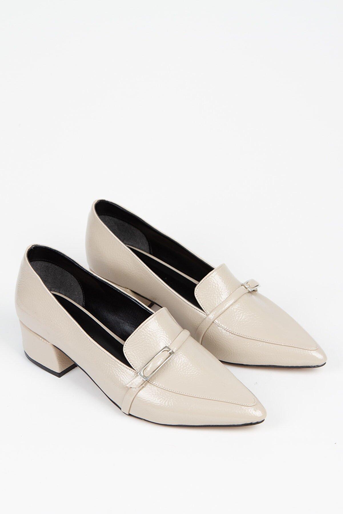 Alessia Shoes Günlük Giyim Rugan Topuklu Ayakkbı