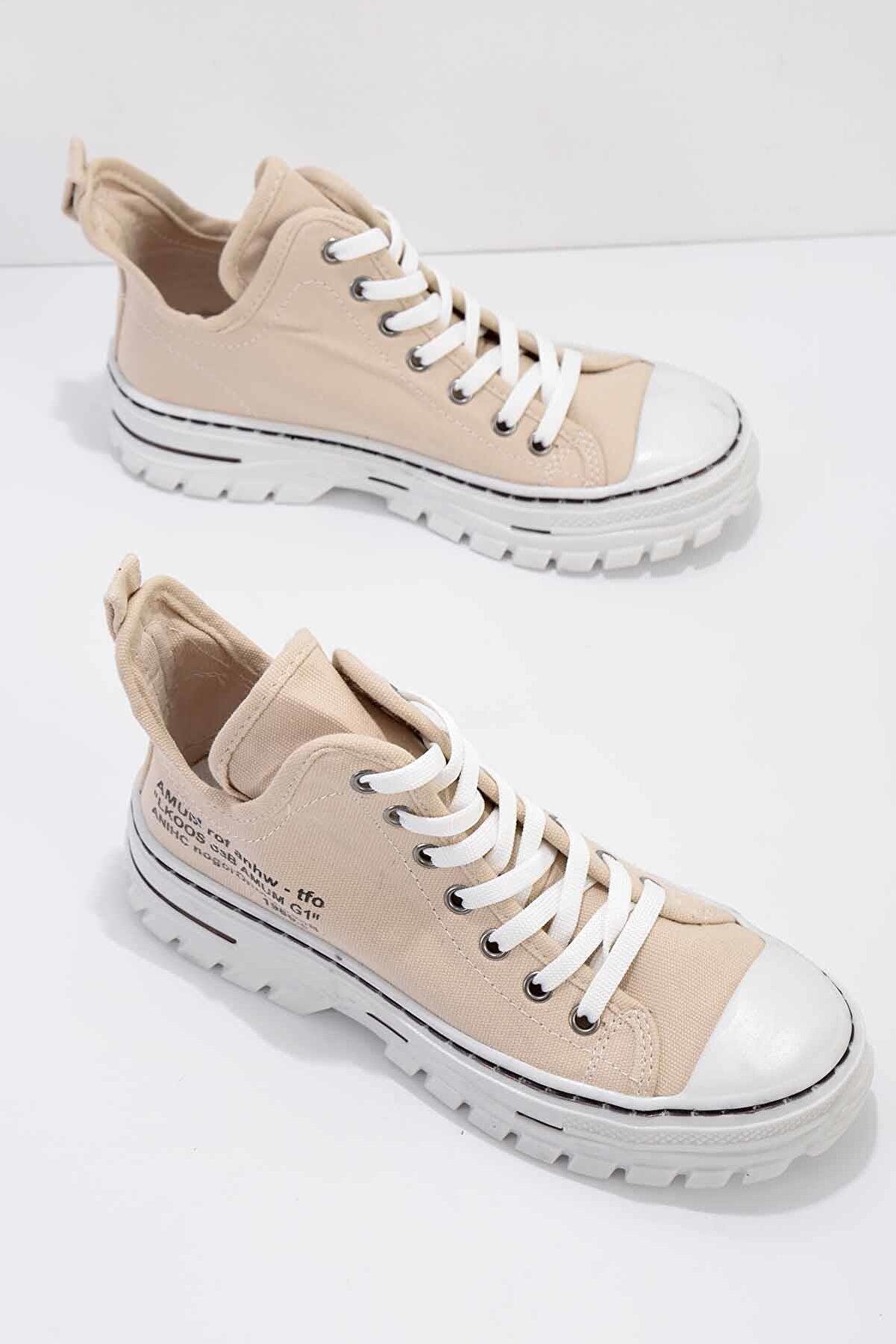 Bambi Bej Kadın Sneaker K01779000118