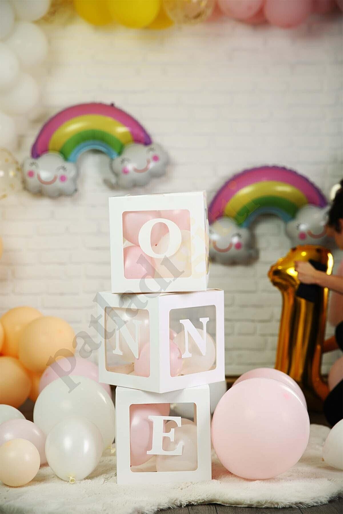 Patladı Gitti One Yazılı Beyaz Kutu Ve Balon Seti