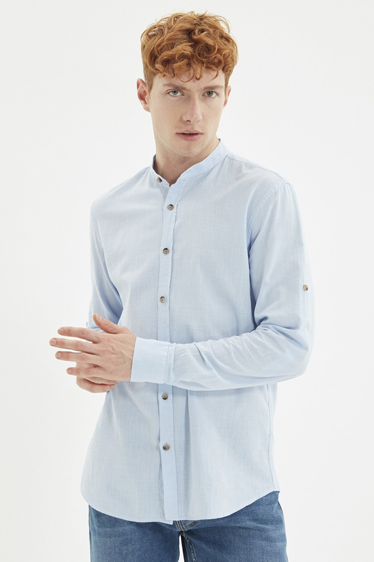 TRENDYOL MAN Mavi Erkek Basic Hakim Yaka Apoletli Slim Fit  Gömlek TMNSS20GO0188