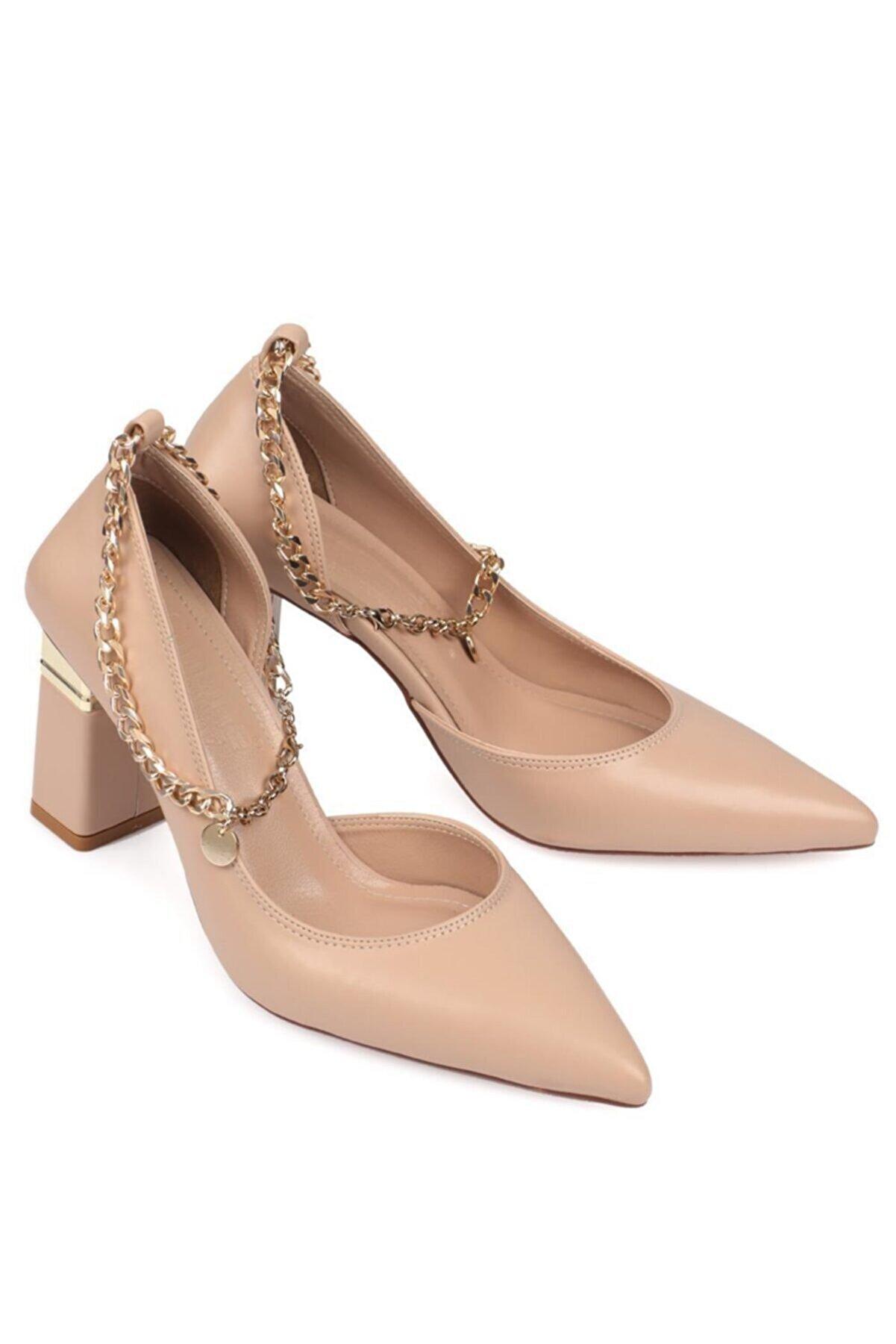 Capone Outfitters Kadın Bej Zincirli Topuklu Ayakkabı