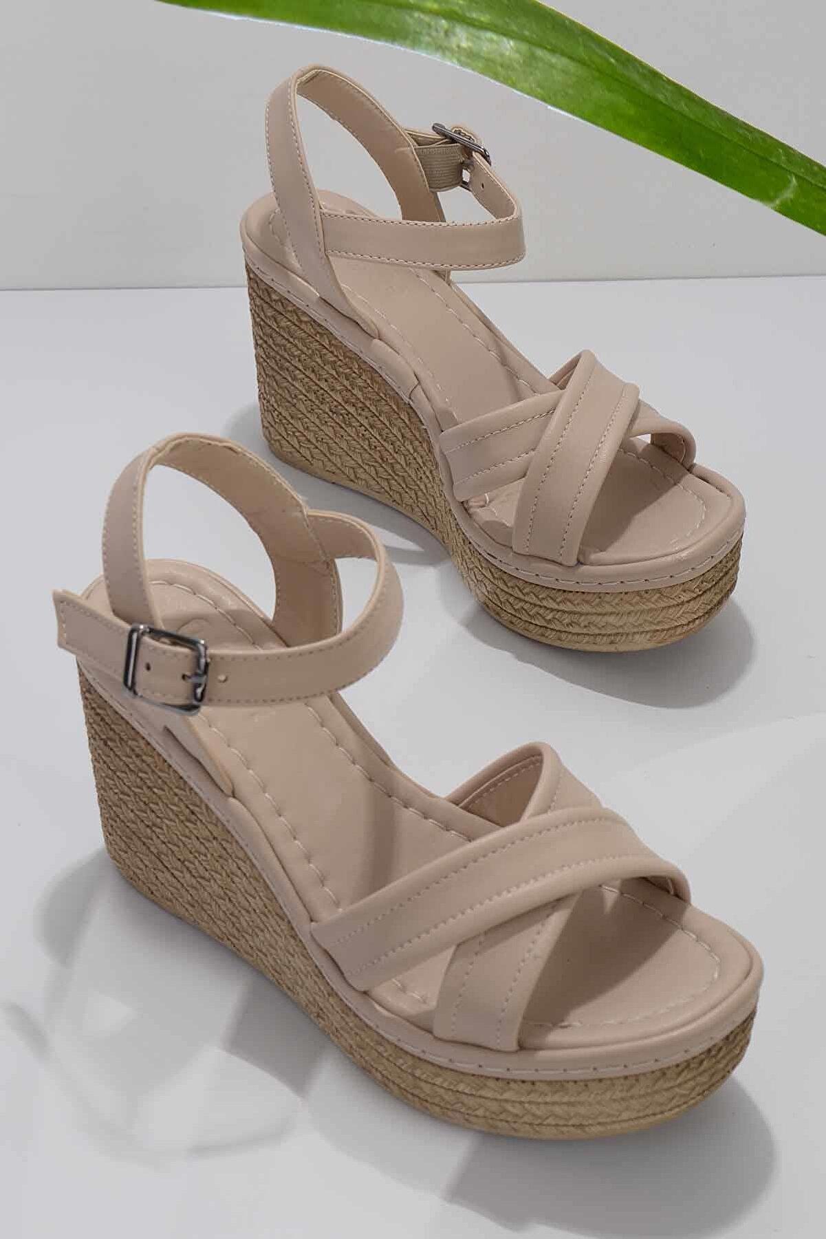Bambi Nude Kadın Sandalet K05936060509