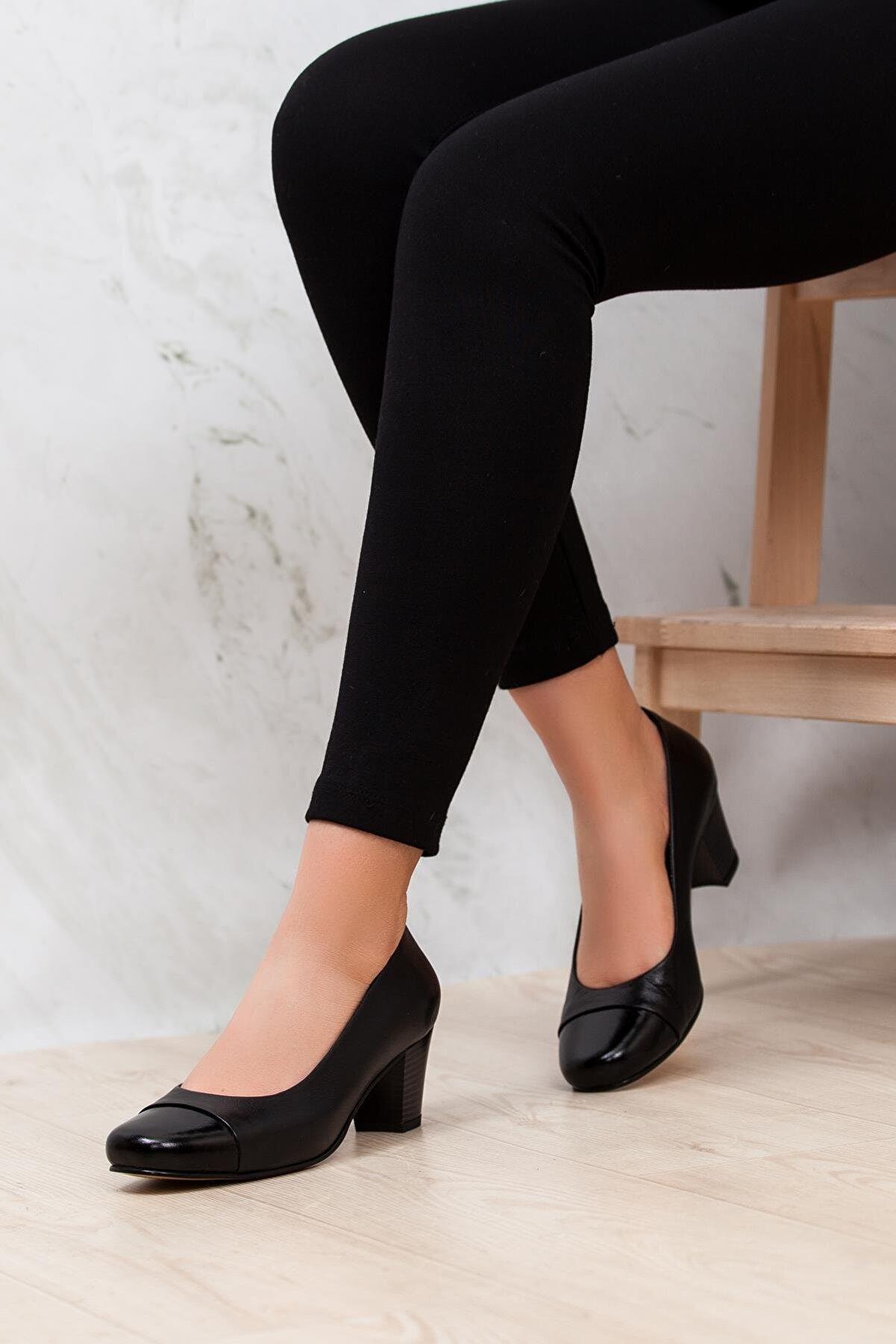 Deripabuc - Anatomik Hakiki Deri Siyah Kadın Topuklu Deri Ayakkabı Shn-0125