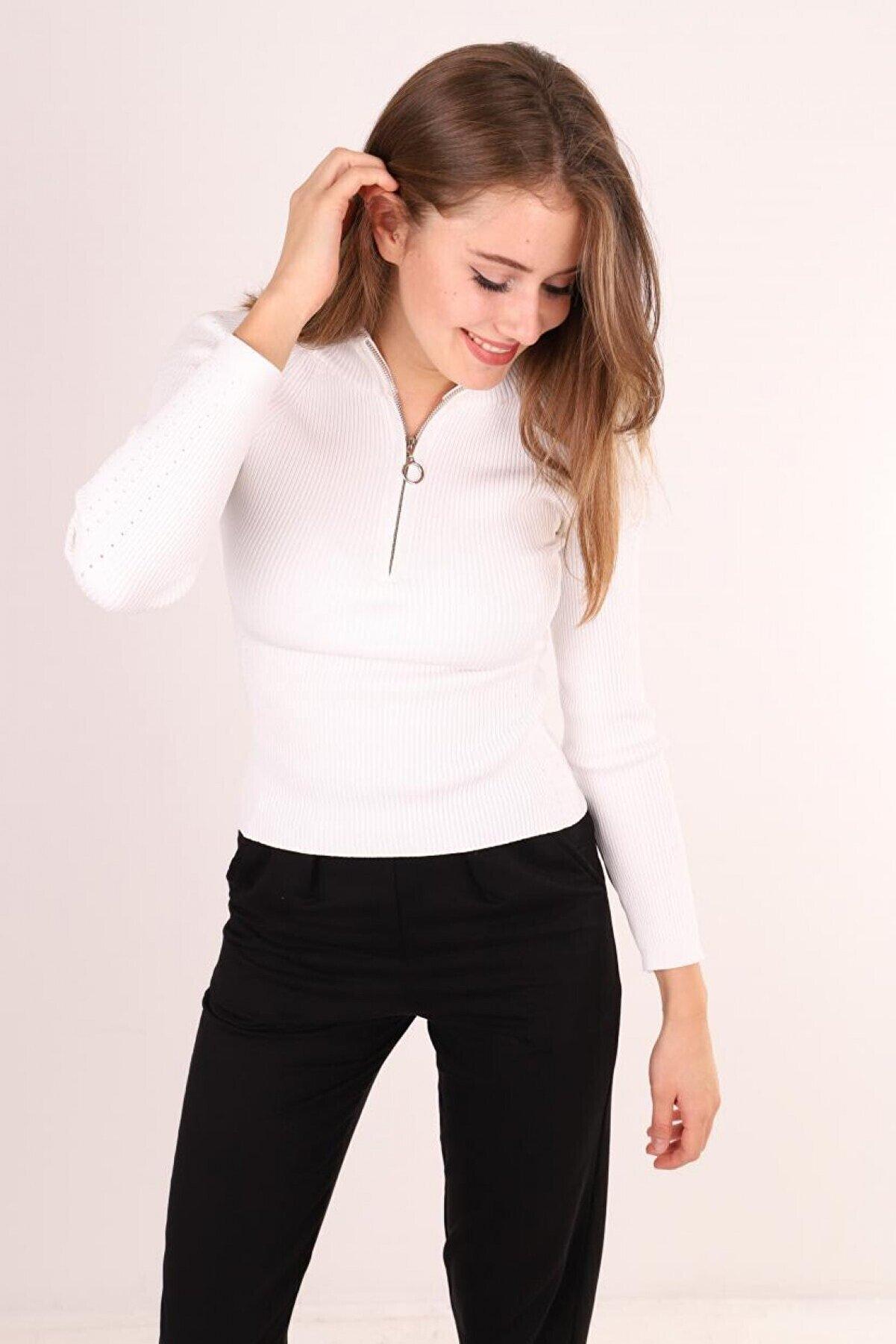 JM Kadın Beyaz Fermuarlı Triko Bluz