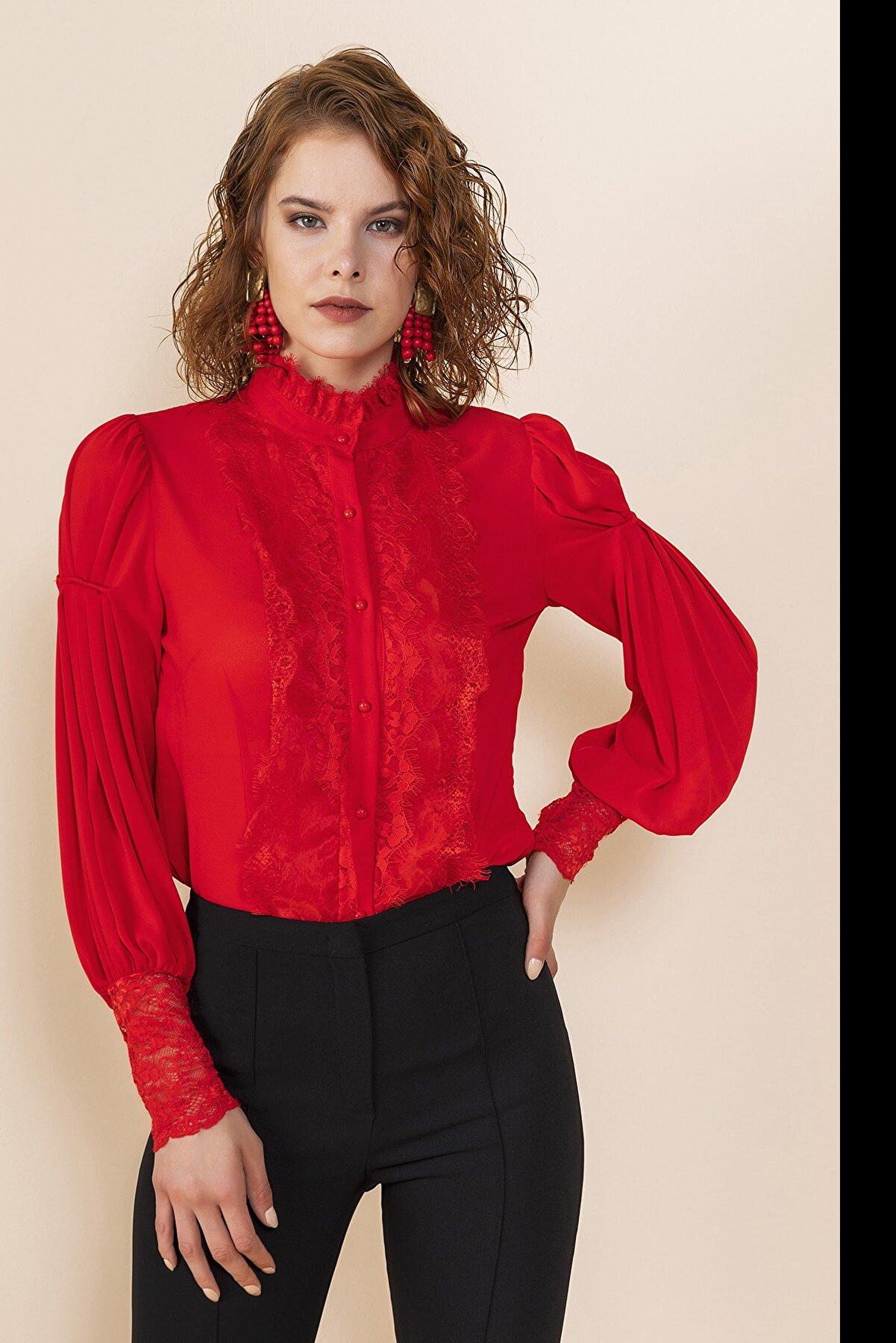 Serpil Kadın Dantel Detaylı Gömlek