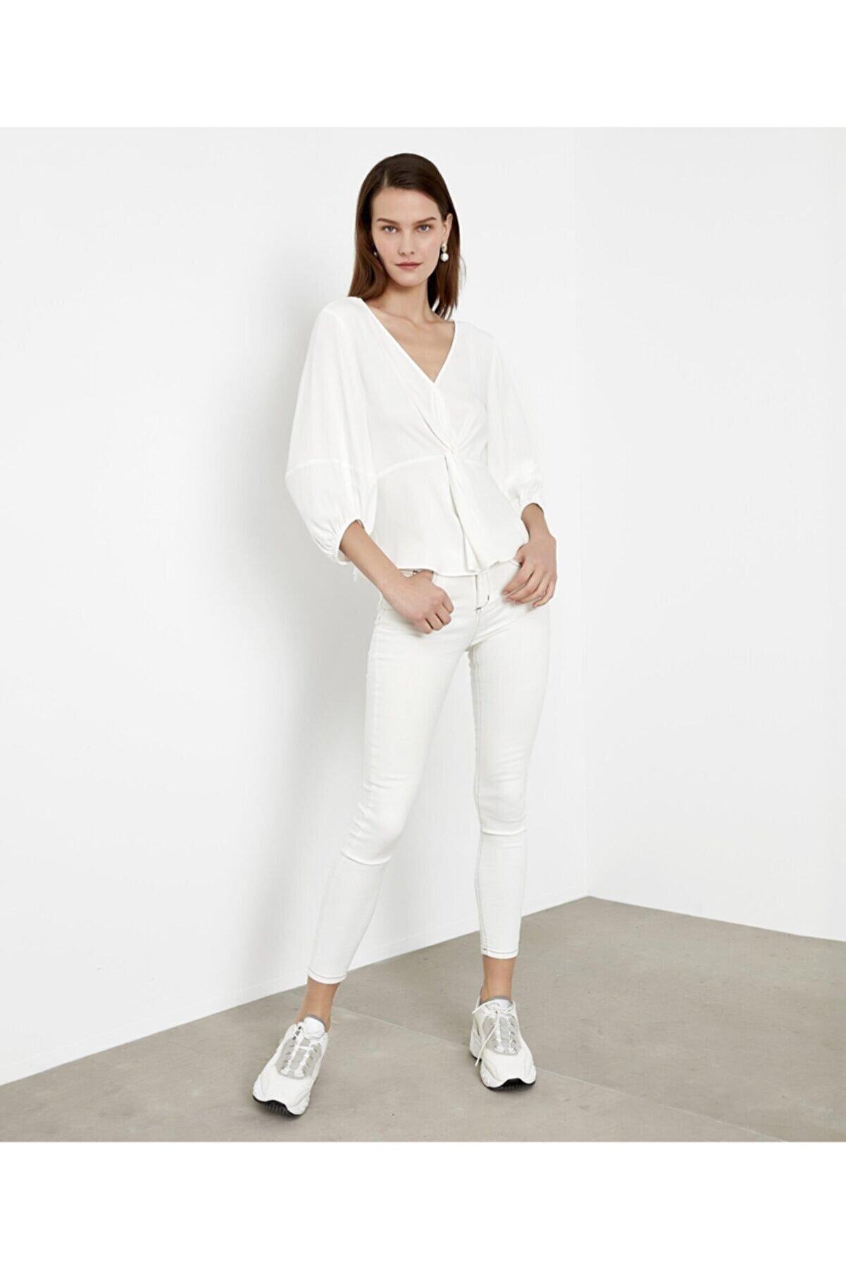 İpekyol Kadın Beyaz Bel Vurgulu Bluz IS1200006173002