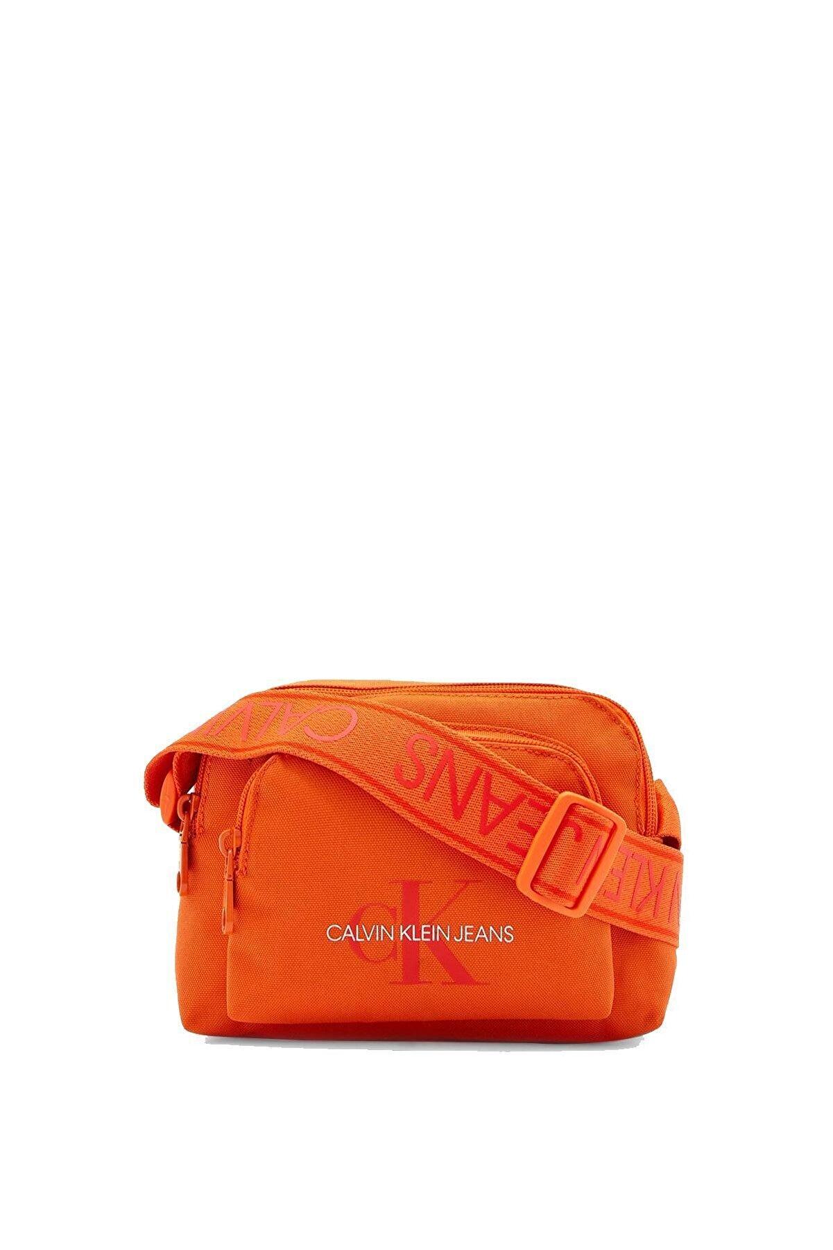 Calvin Klein Black Kadın Camera Bag W/pckt Çapraz Askılı Kadın Çantası K60k606868
