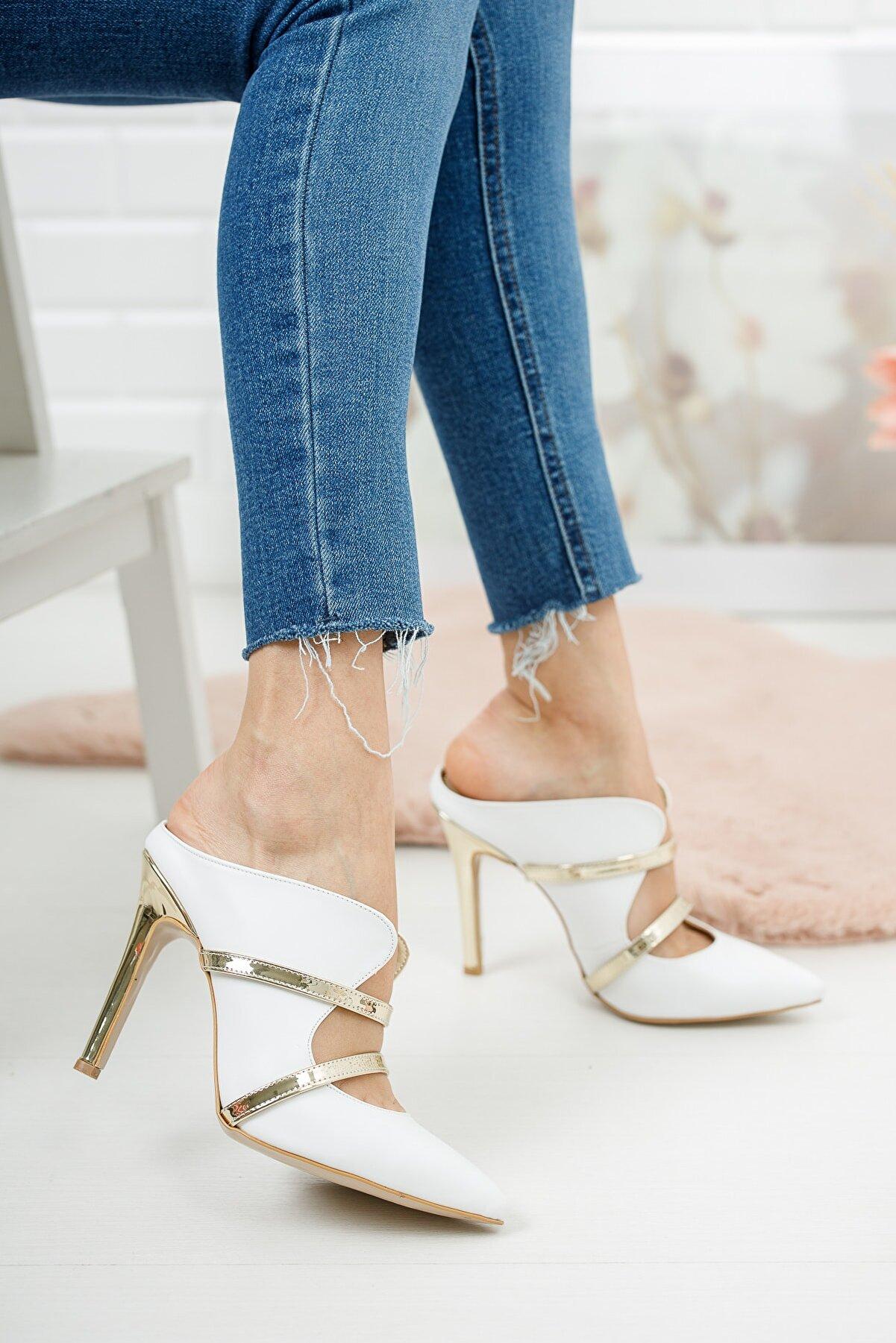 Ayakkabı Ateşi Beyaz Altın Baretli Sivri Burunlu Kadın Topuklu Ayakkabı