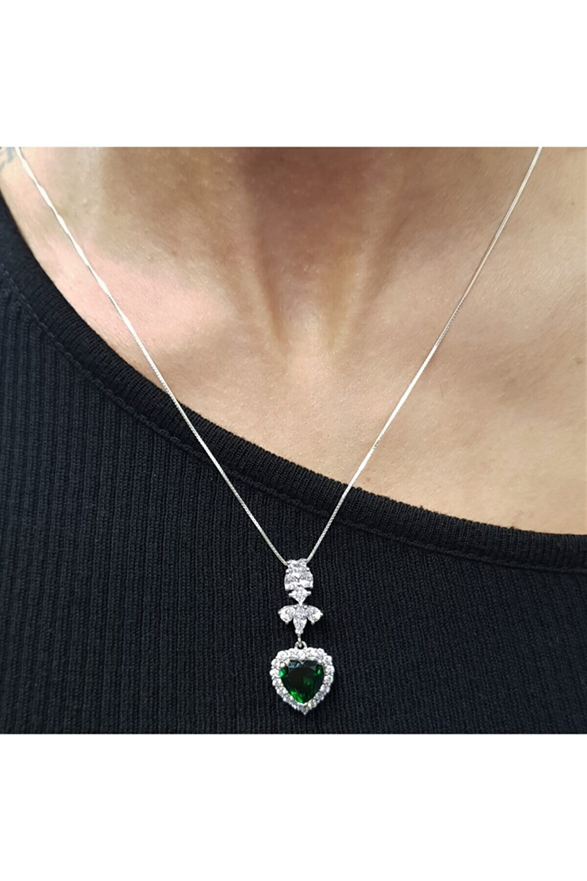 Koza Kadın 925 Ayar Gümüş Yeşil Zirkon Taşlı Kolye