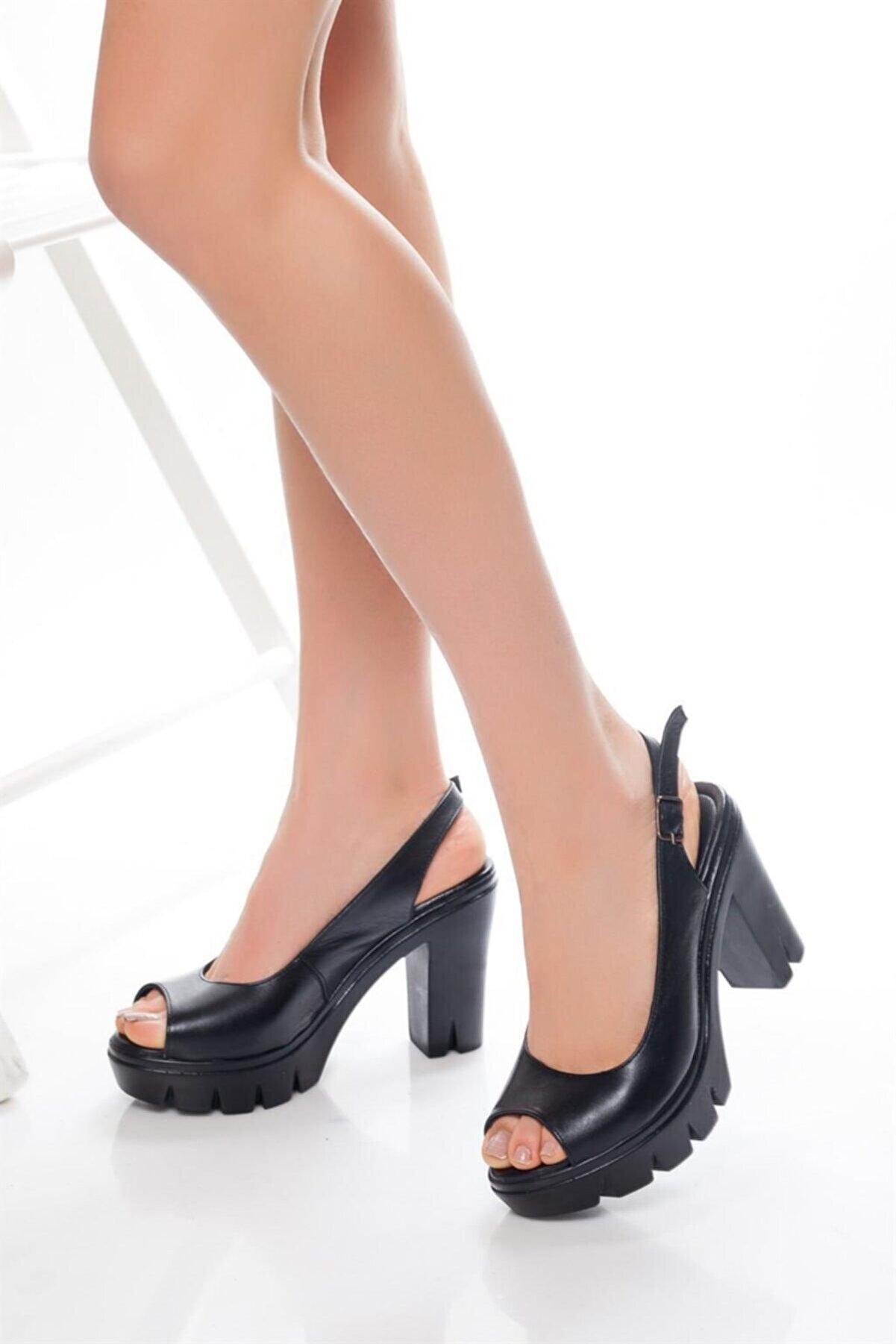 Deripabuc Hakiki Deri Siyah Kadın Platform Topuklu Deri Sandalet Dp26-0300
