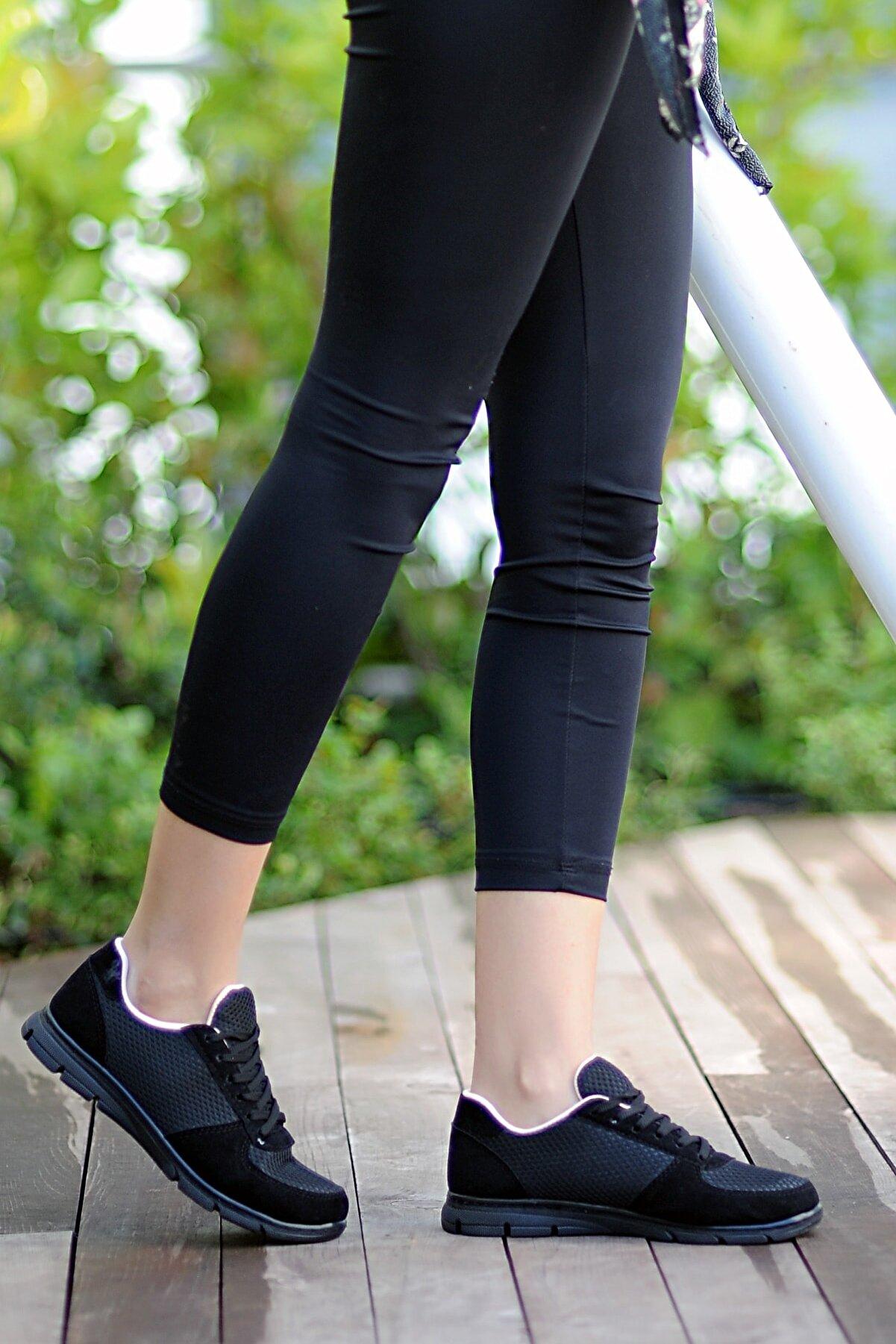 Pembe Potin Kadın Siyah Siyah Ayakkabı