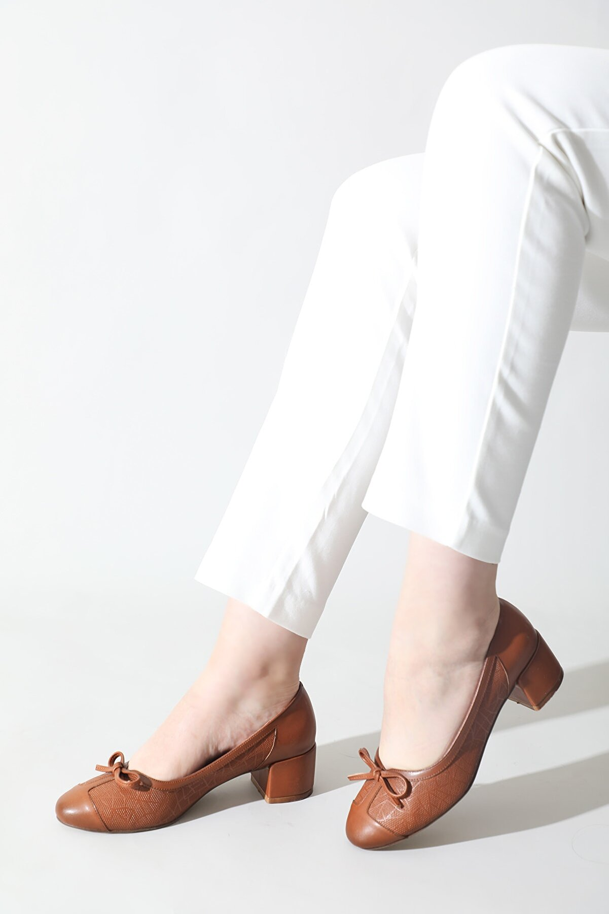 ALTINAYAK Kadın Taba Fiyonklu Ayakkabı