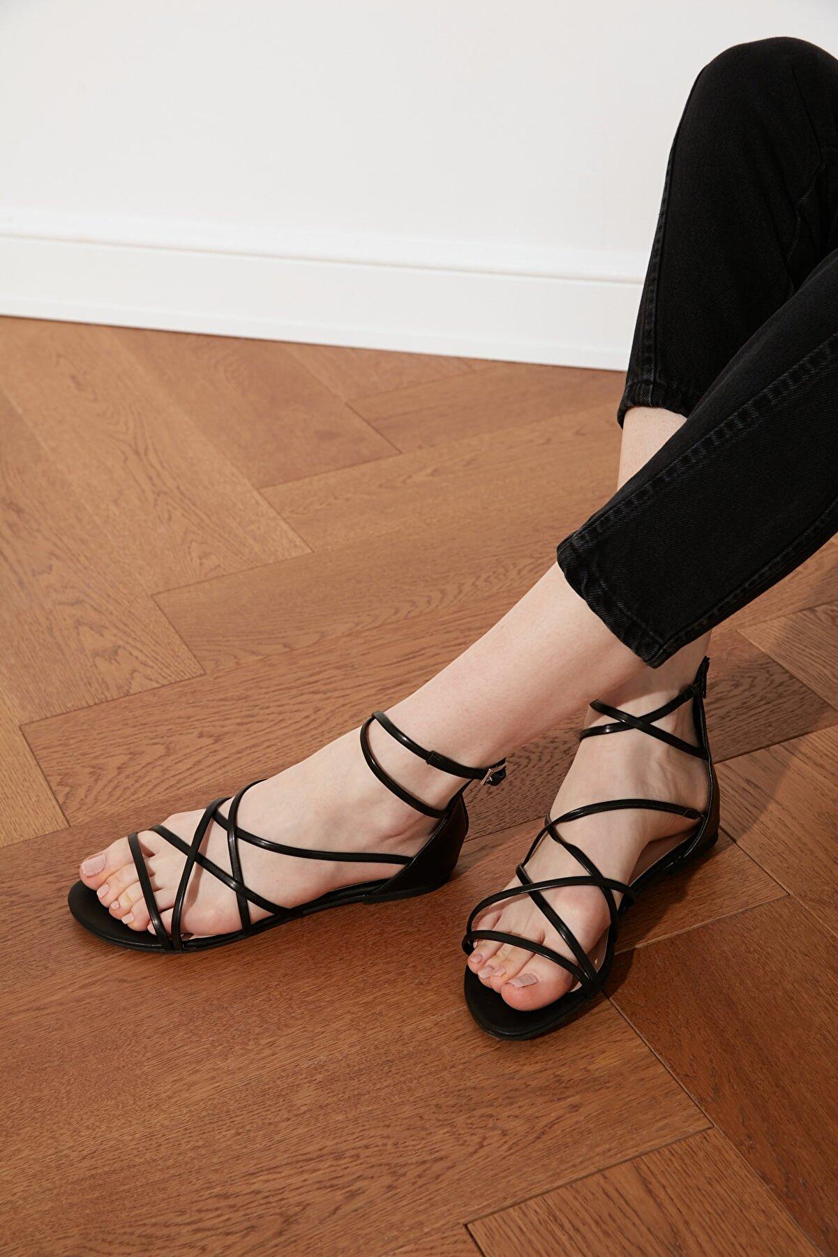 Trendyol Shoes Siyah Kadın Sandalet TAKSS21SD0018