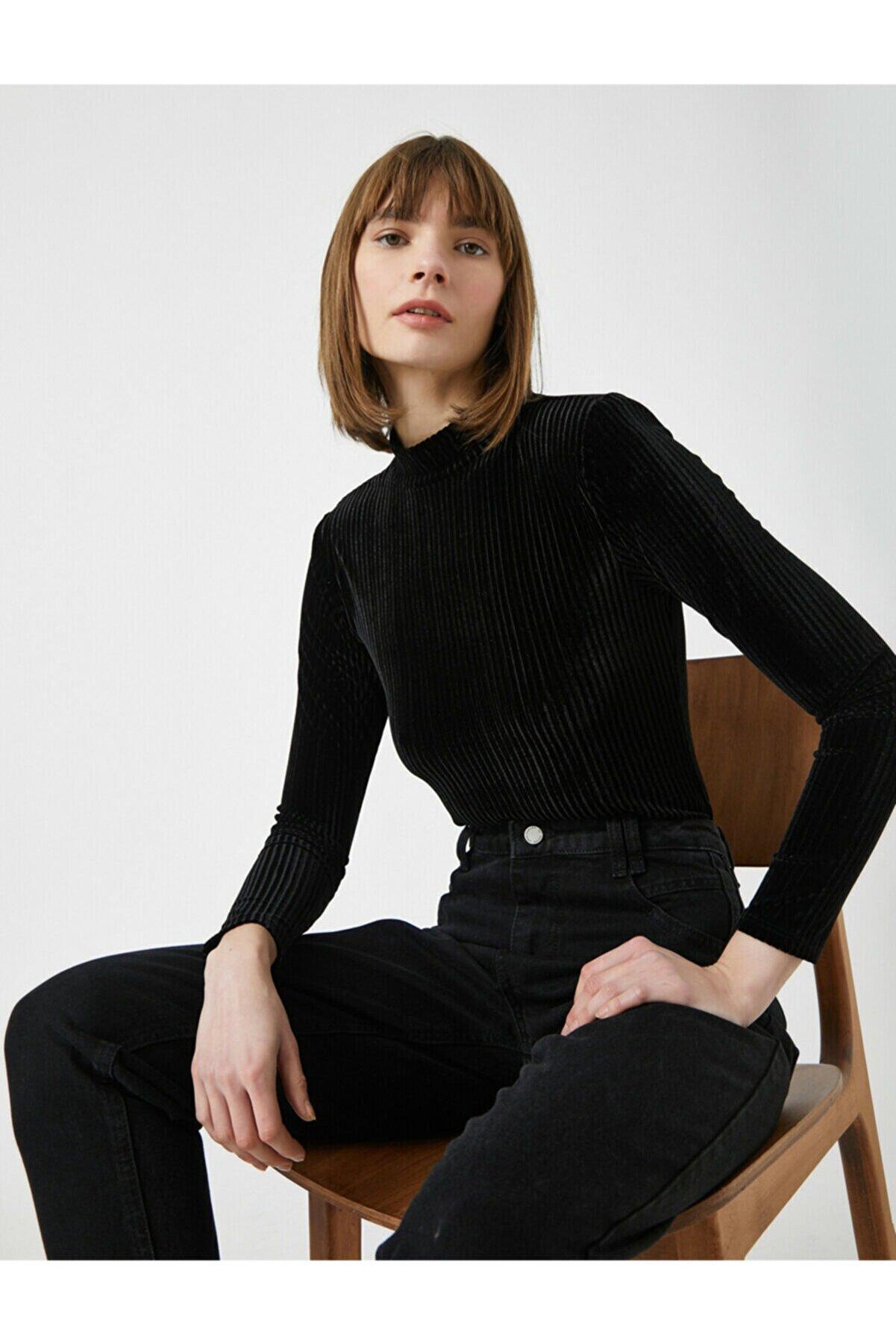 Koton Kadın Siyah Dik Yaka Uzun Kollu Kadife Tisört