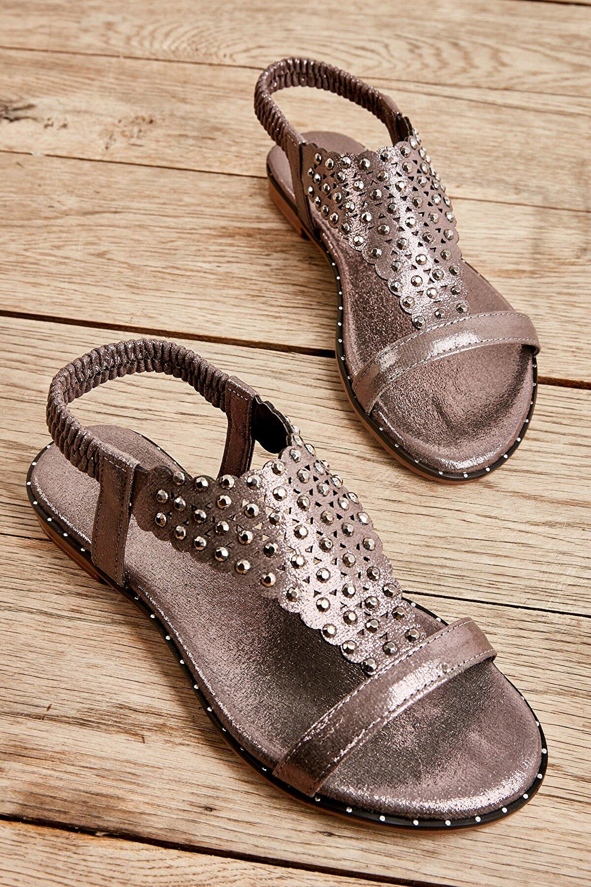 Bambi Kurşun Kadın Sandalet L0512700678