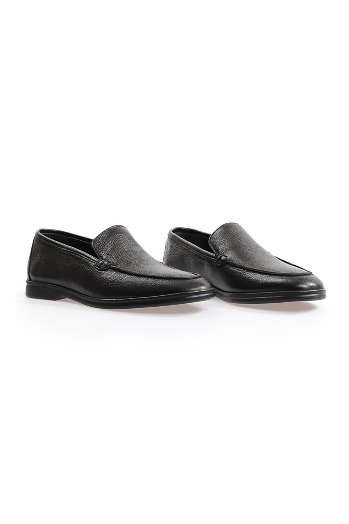 Flower Siyah Deri Loafer Ayakkabı