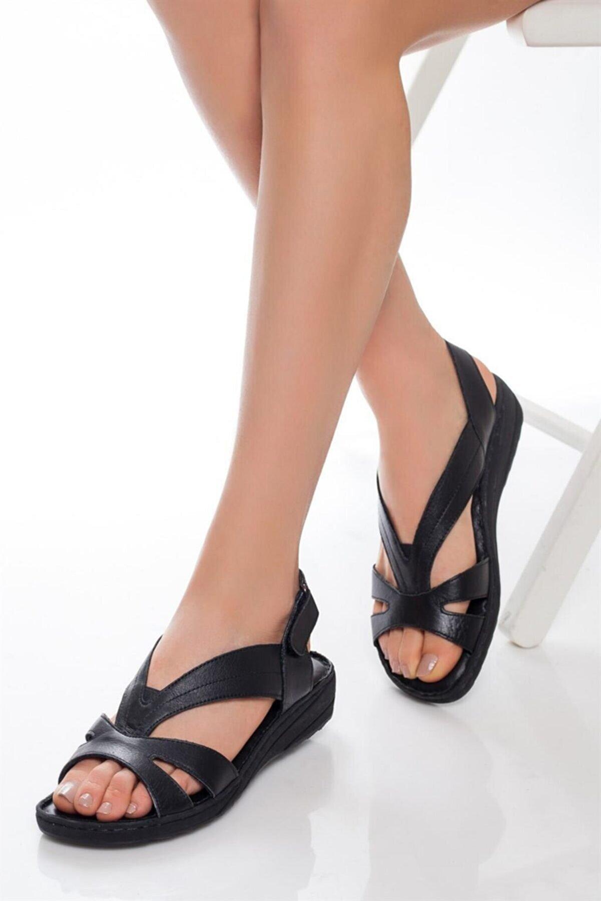 Deripabuc Hakiki Deri Siyah Kadın Deri Sandalet Dp05-0234